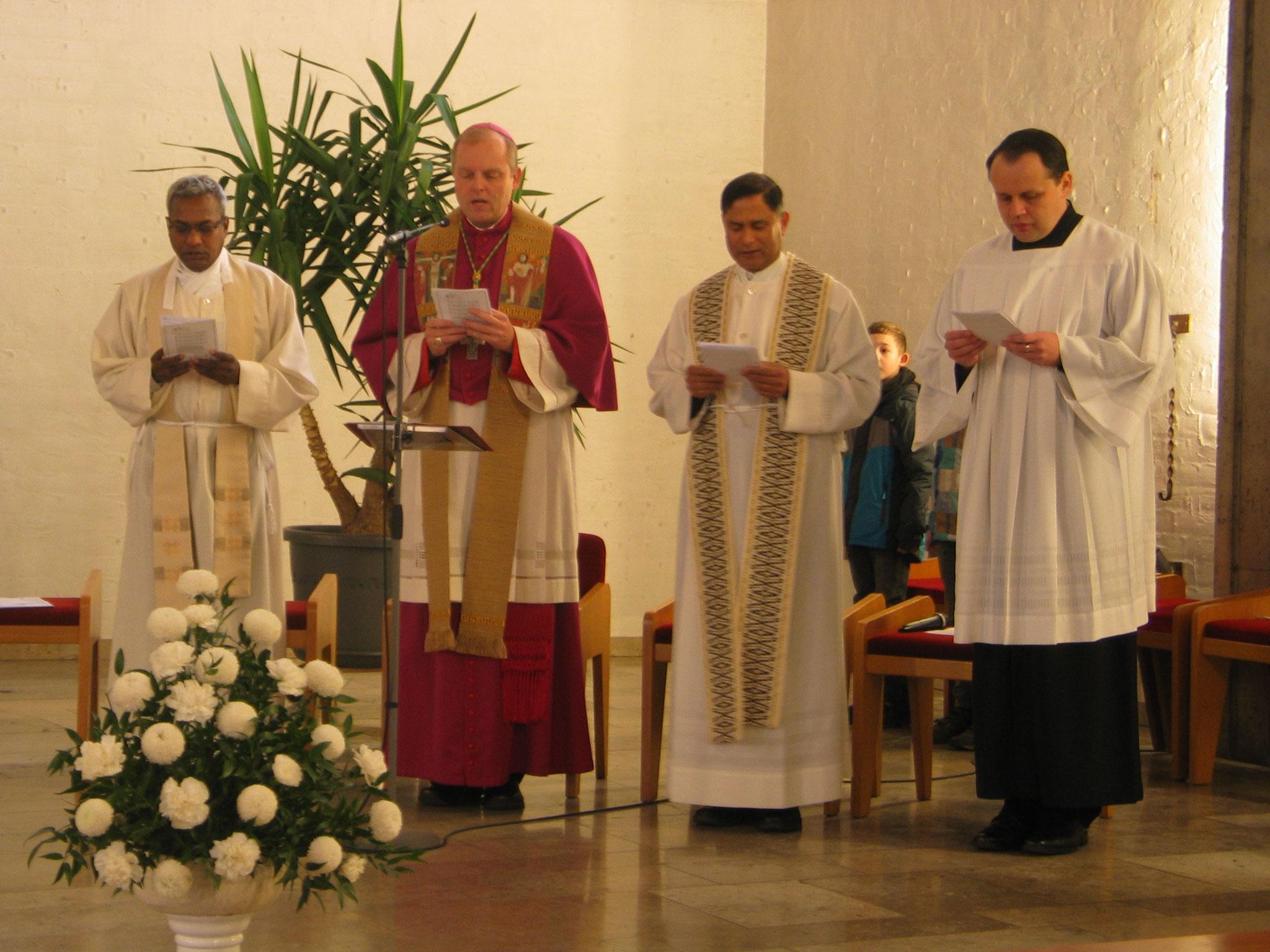 Beim Wortgottesdienst in der Christkönigskirche in Nordendorf