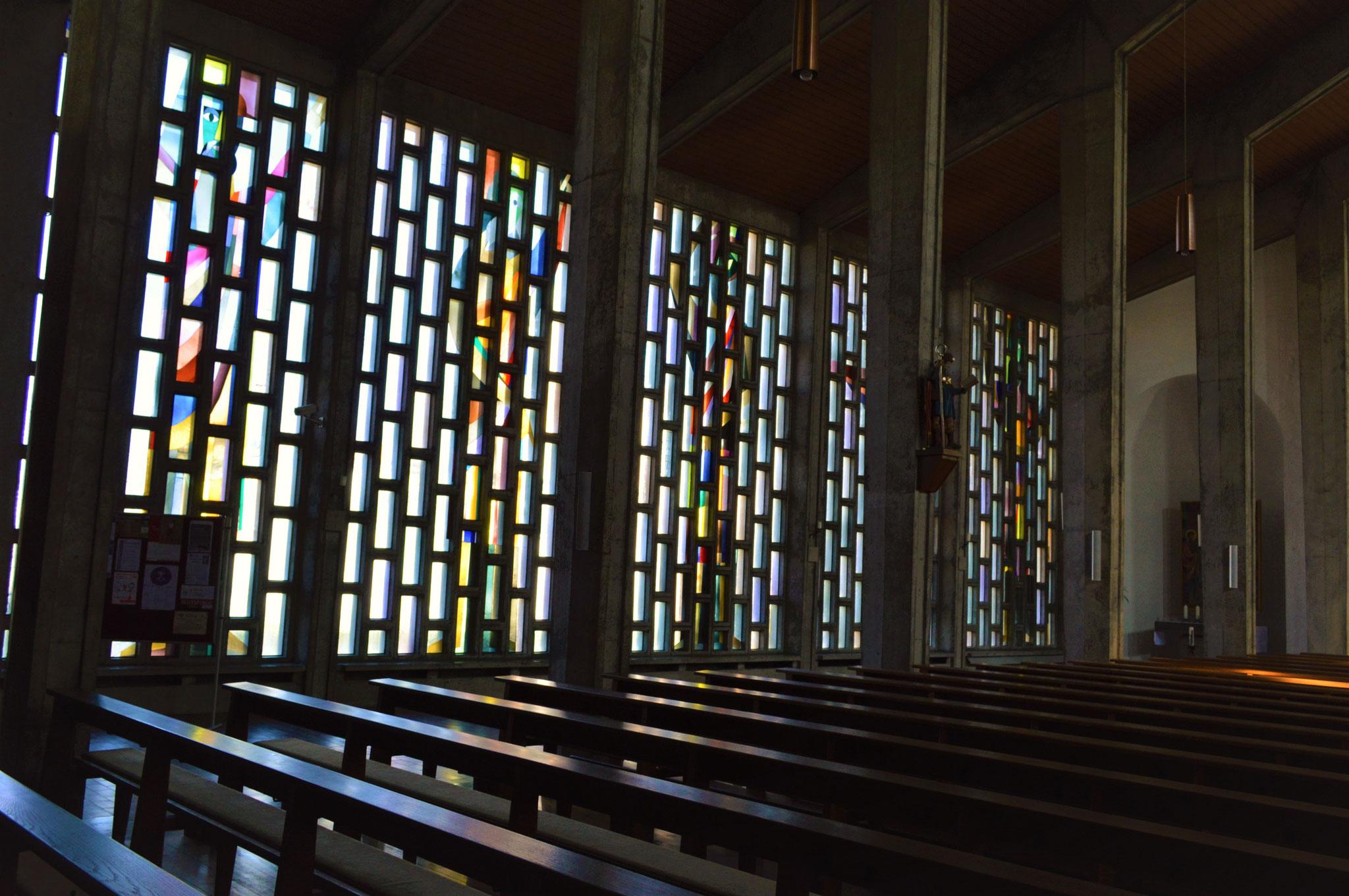 Seitengang mit Prophetenfenstern
