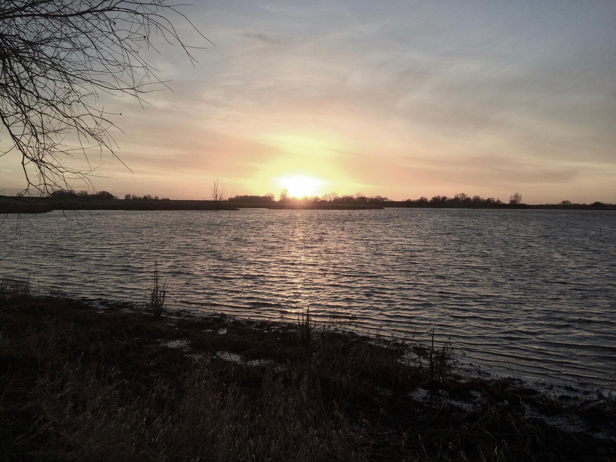 Sonnenuntergang über der Üselitzer Wiek
