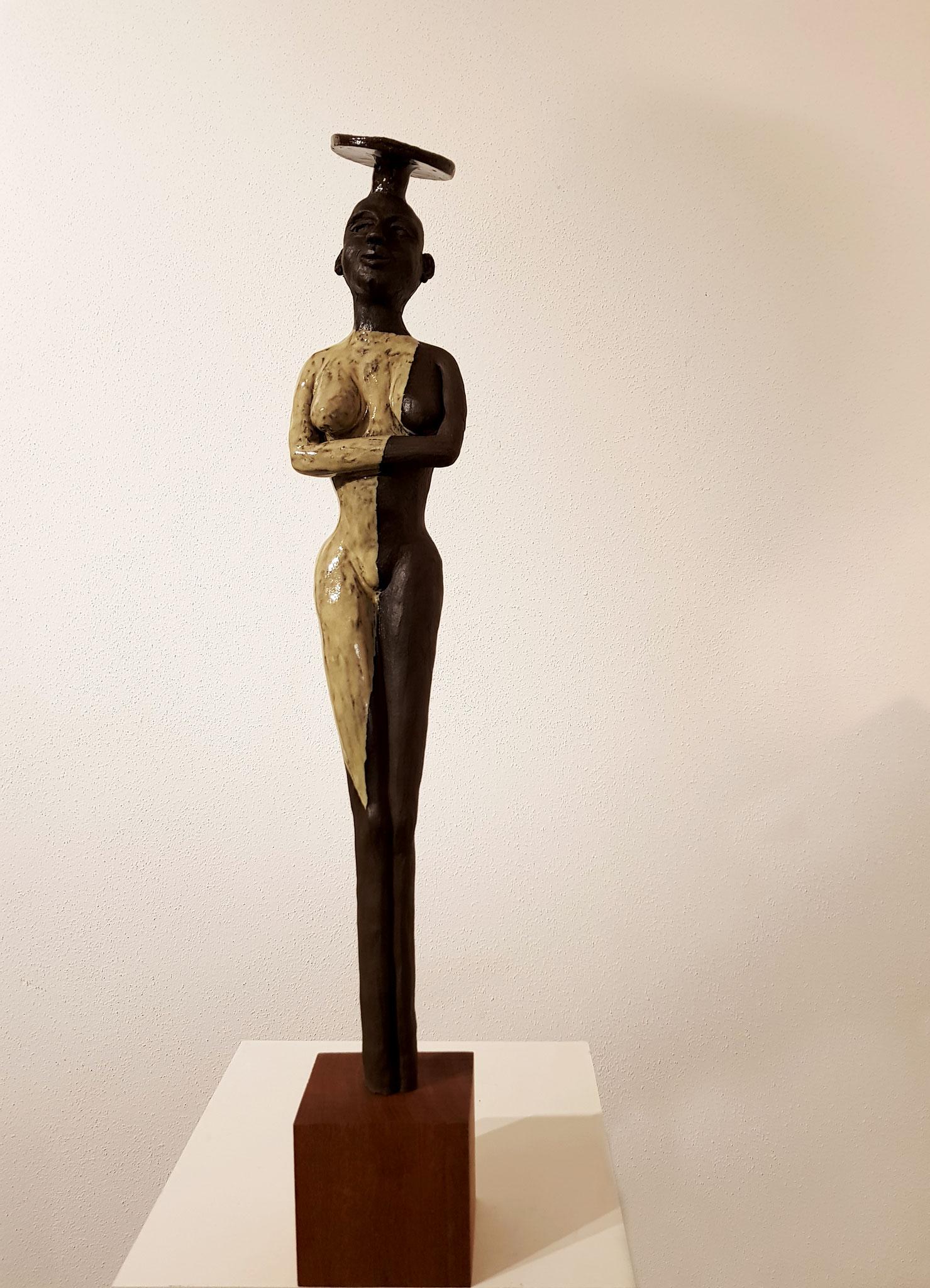 AFRICAN BEAUTY 67x10x9 cm