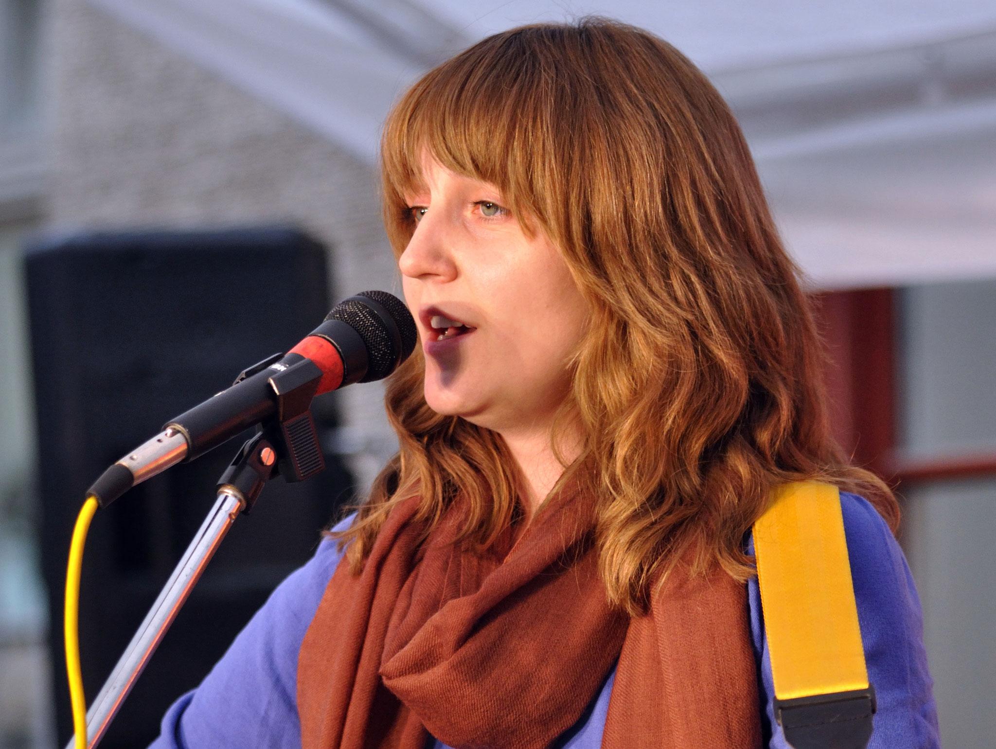 Konzerte im Bürgerhof 14.07.11 Alexandra Gaevskaya - Freiwilligen-Zentrum Augsburg - Foto: Martin Schönberger