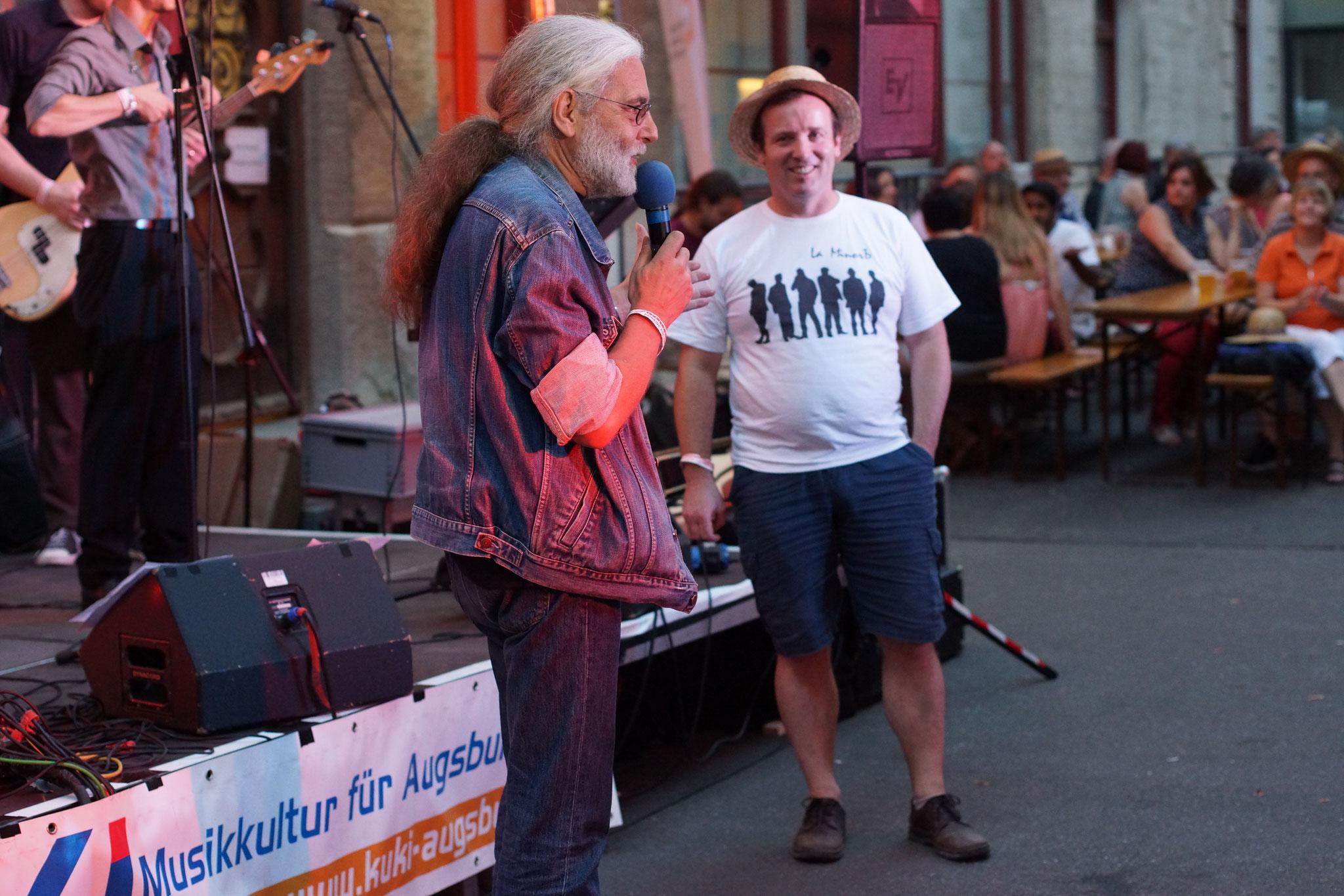 Konzerte im Bürgerhof 02.07.15 Wolfgang F. Lightmaster und Manfred Hörr - Freiwilligen-Zentrum Augsburg - Foto: Crayfish