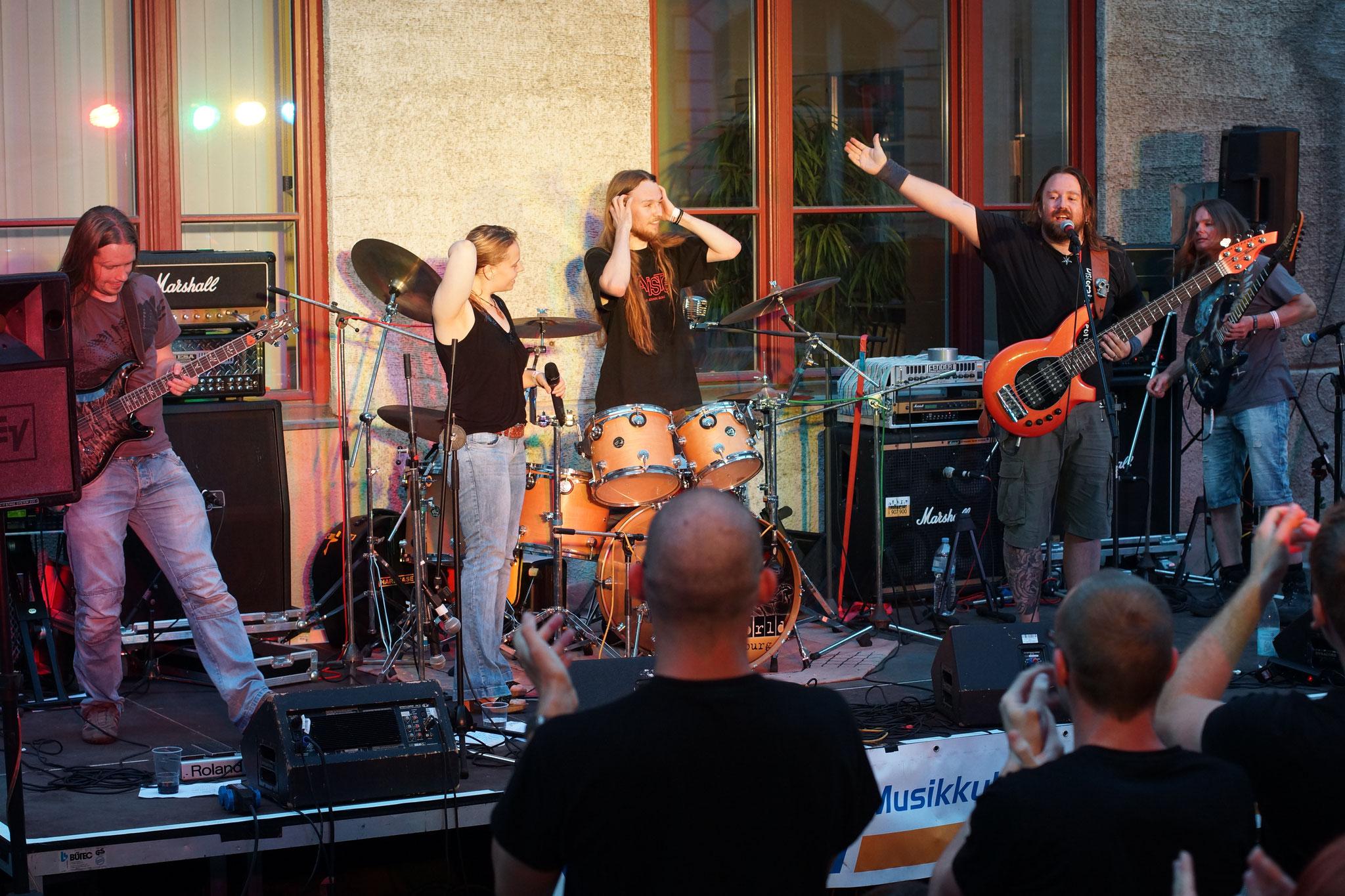 Konzerte im Bürgerhof 02.07.15 Dislocated Theory - Freiwilligen-Zentrum Augsburg - Foto: Crayfish