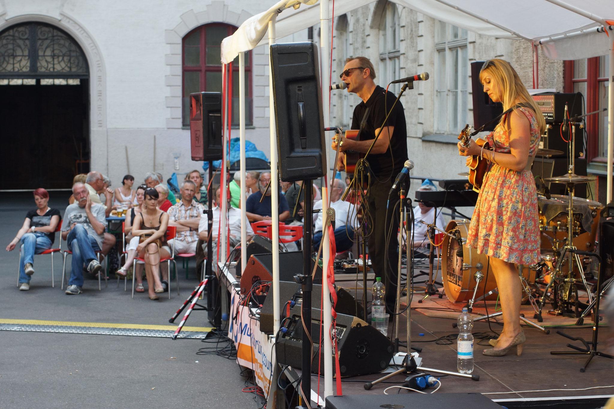 Konzerte im Bürgerhof 04.07.15 Cash Union - Freiwilligen-Zentrum Augsburg - Foto: Crayfish