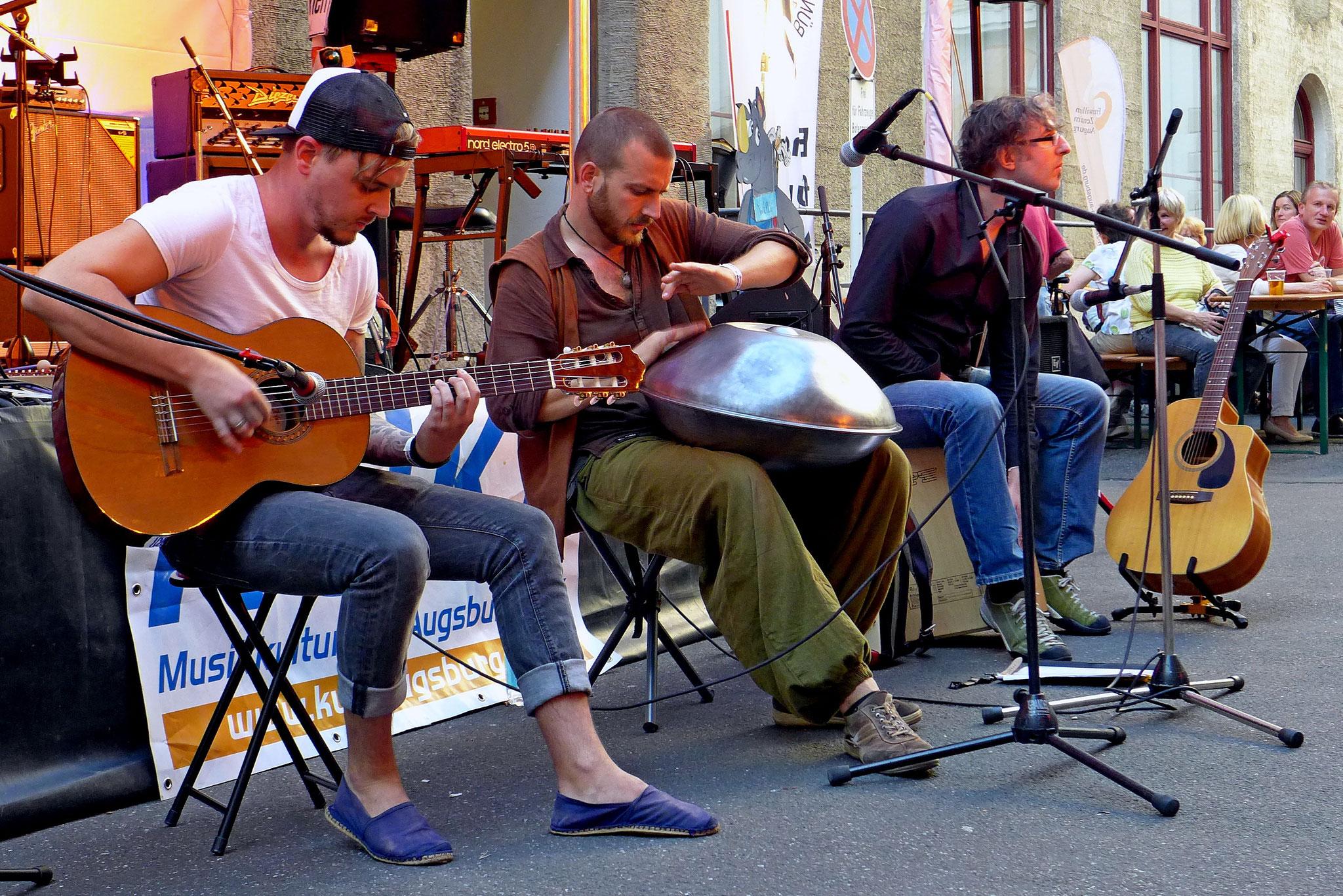 Konzerte im Bürgerhof 07.07.16 Sphärenschmiede - Freiwilligen-Zentrum Augsburg - Foto: Christoph Urban