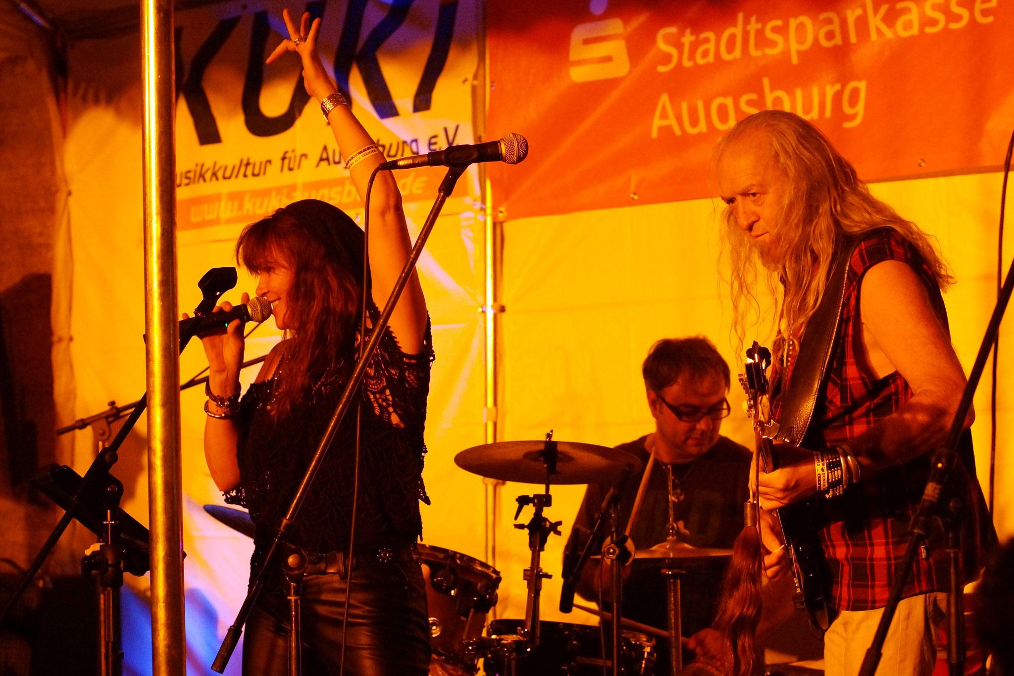 Konzerte im Bürgerhof 08.07.16 Basanostra - Freiwilligen-Zentrum Augsburg - Foto: Crayfish