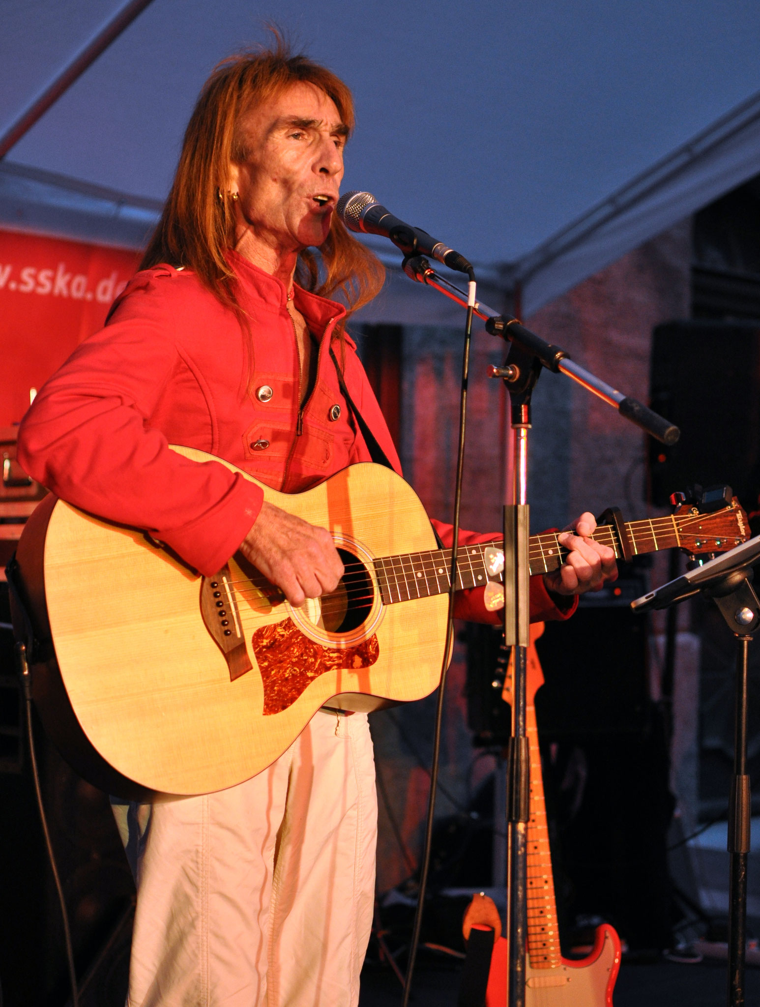 Konzerte im Bürgerhof 15.07.11 2Shotguns - Freiwilligen-Zentrum Augsburg - Foto: Martin Schönberger