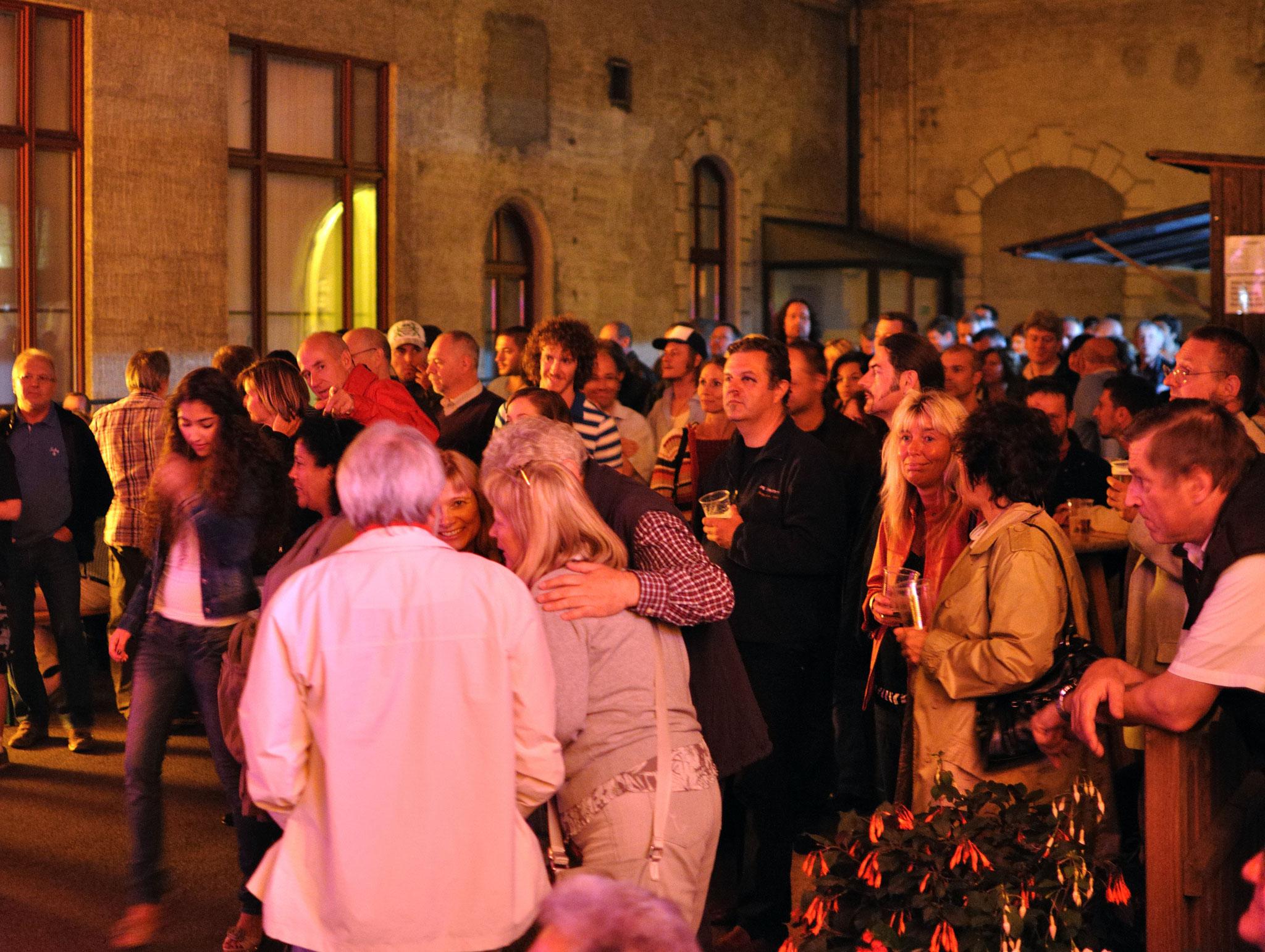Konzerte im Bürgerhof 14.07.11 - Freiwilligen-Zentrum Augsburg - Foto: Martin Schönberger