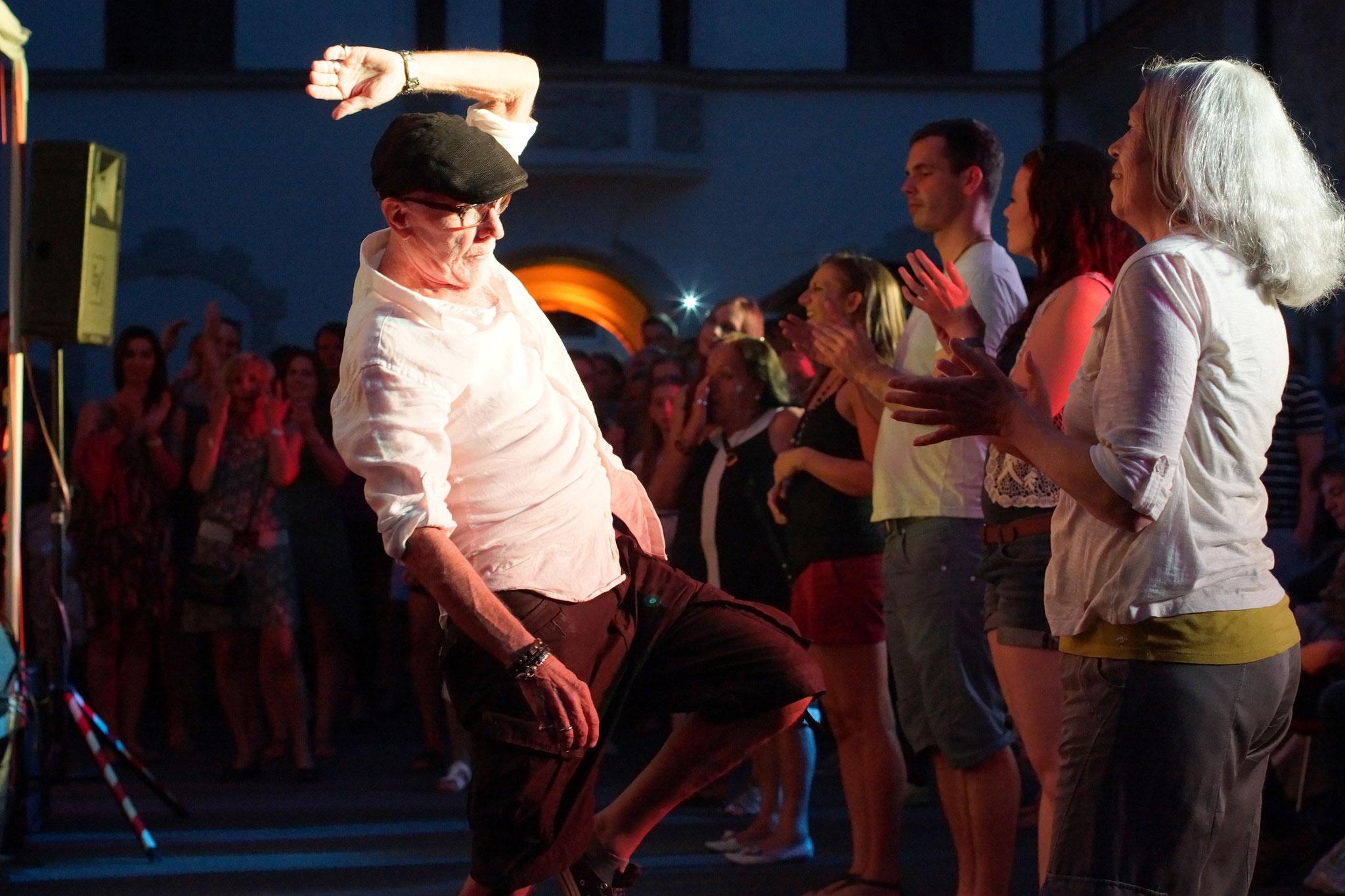 Konzerte im Bürgerhof 03.07.15 - Freiwilligen-Zentrum Augsburg - Foto: Crayfish