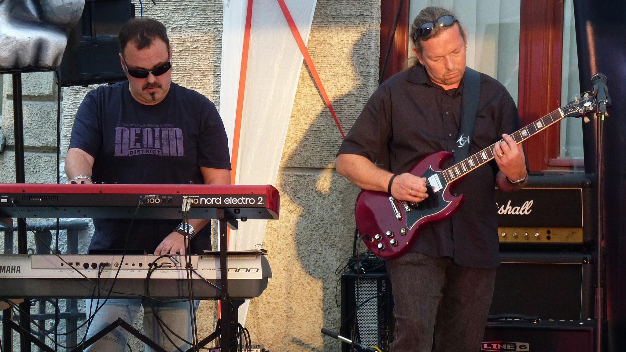 Konzerte im Bürgerhof 26.06.10 Rocking Chair Band - Freiwilligen-Zentrum Augsburg - Foto: Martin Schönberger