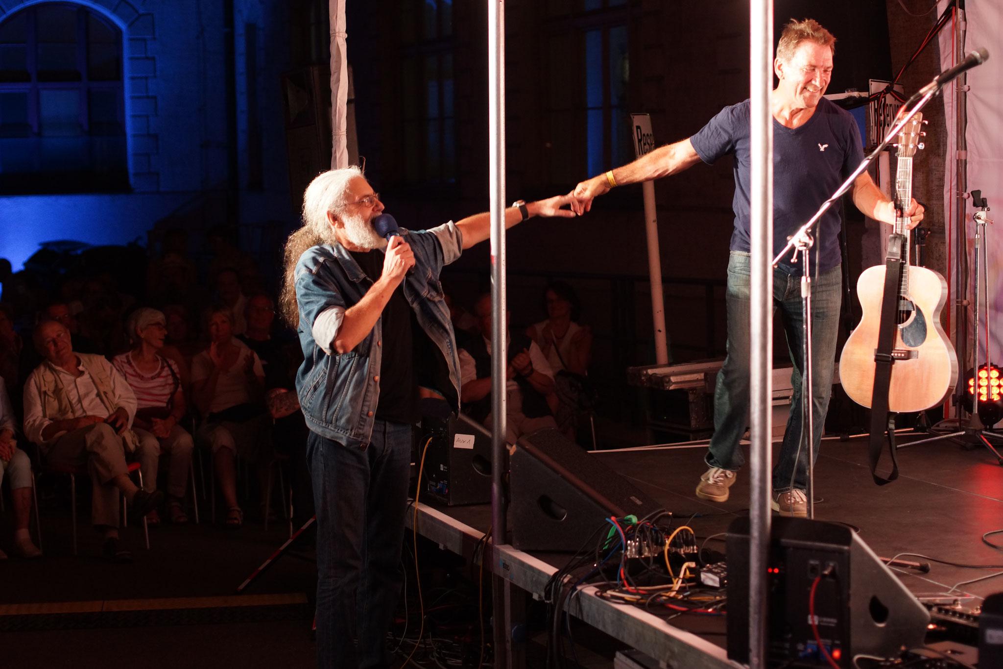 Konzerte im Bürgerhof 06.07.17 Wolfgang F. Lightmaster / Byron - Freiwilligen-Zentrum Augsburg - Foto: Crayfish