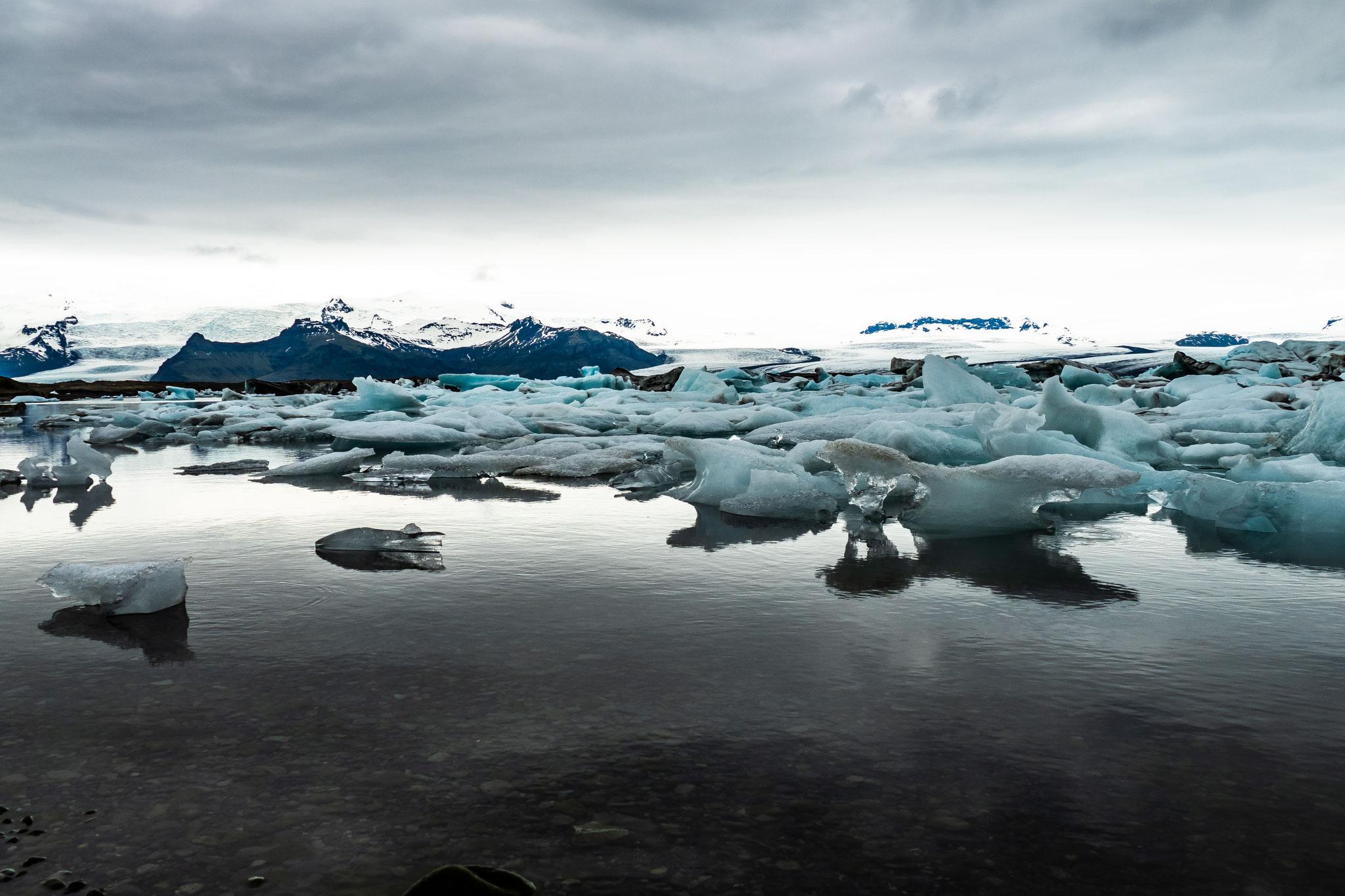 Die Lagune wird Jahr für Jahr größer - sichtbare Auswirkungen der Erderwärmung