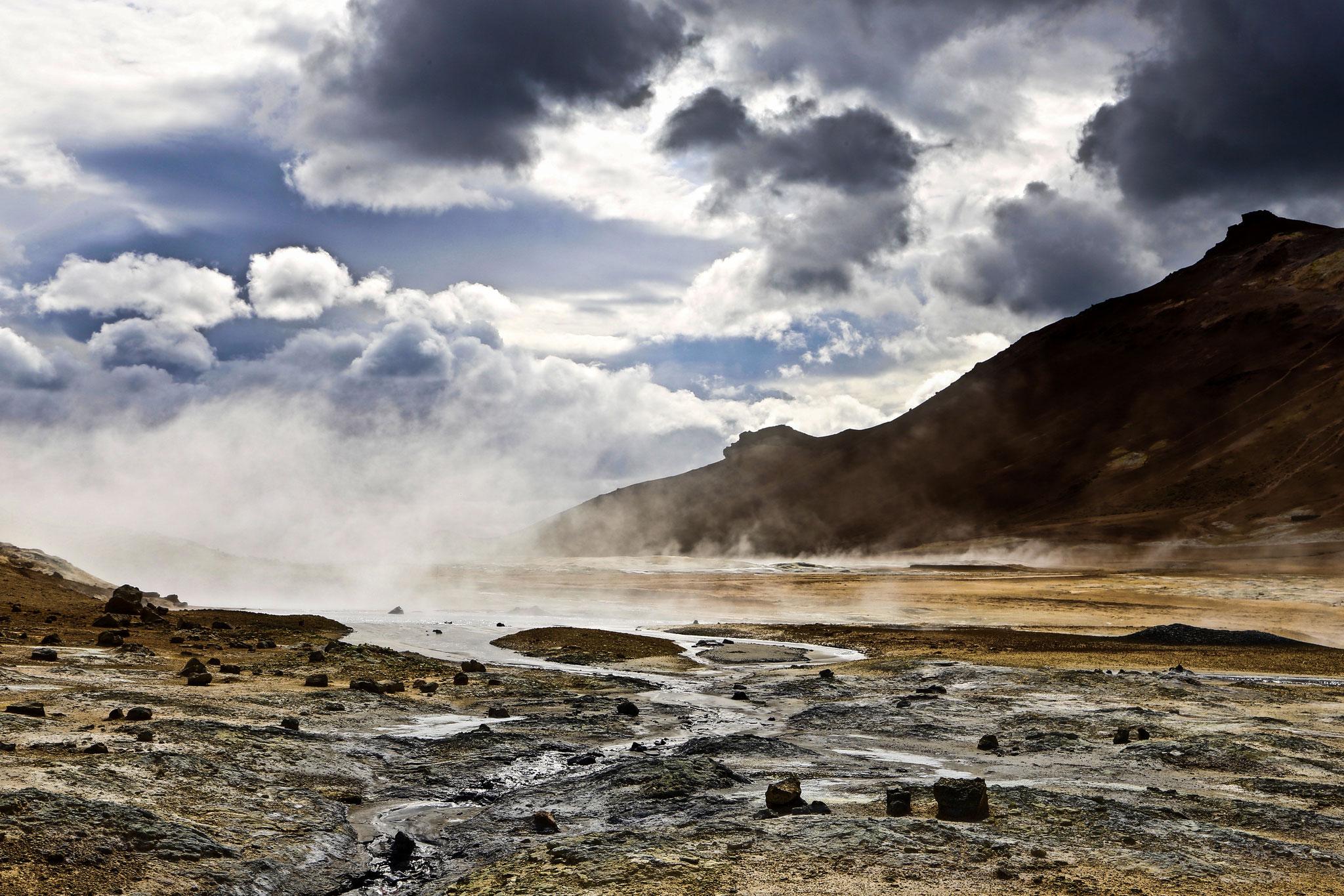 ...ein aktives Feld heißer, sich ständig verändernder Quellen