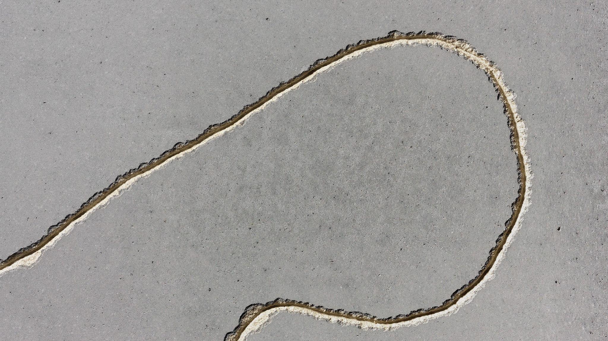 """Rope - Die puristische Oberfläche wird durch eine Abwandlung der """"Sgrafitto-Technik"""" besonders reizvoll. Farbtöne: isc120, ic122"""