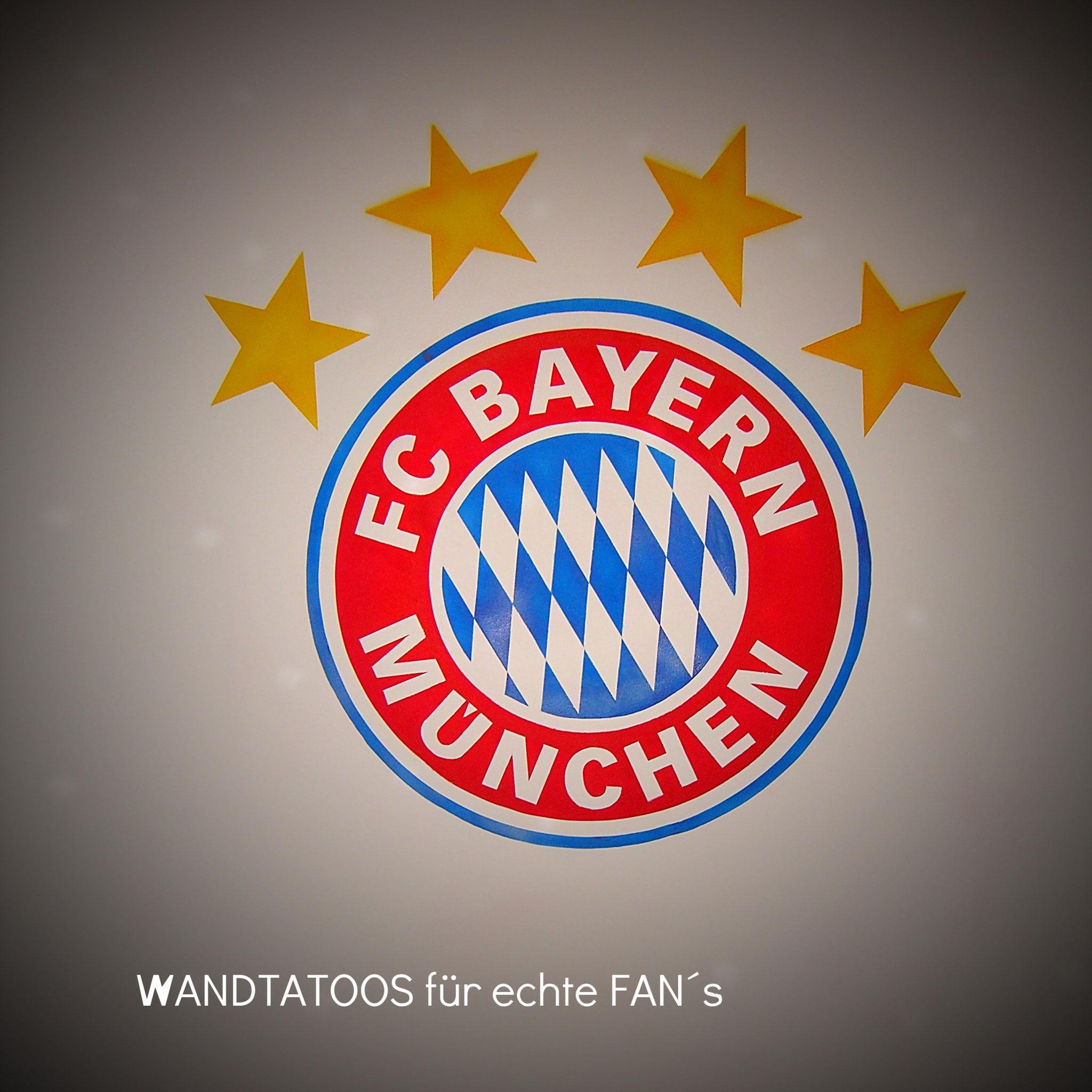 Fussball Logo Tatoos fürs Kinderzimmer - Malerei Wagner Persenbeug