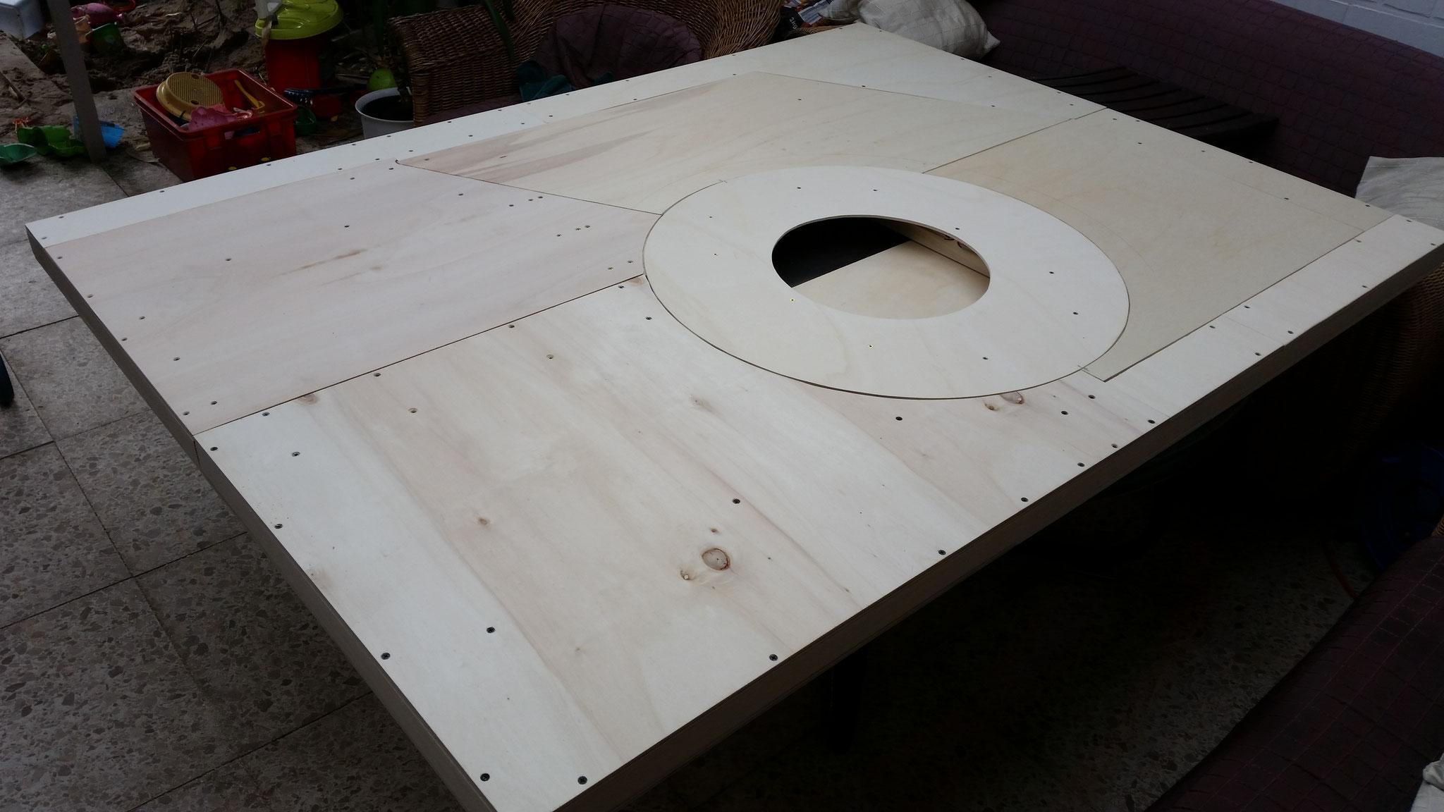 Fertigstellung der Grundplatte mit Segmentplatten