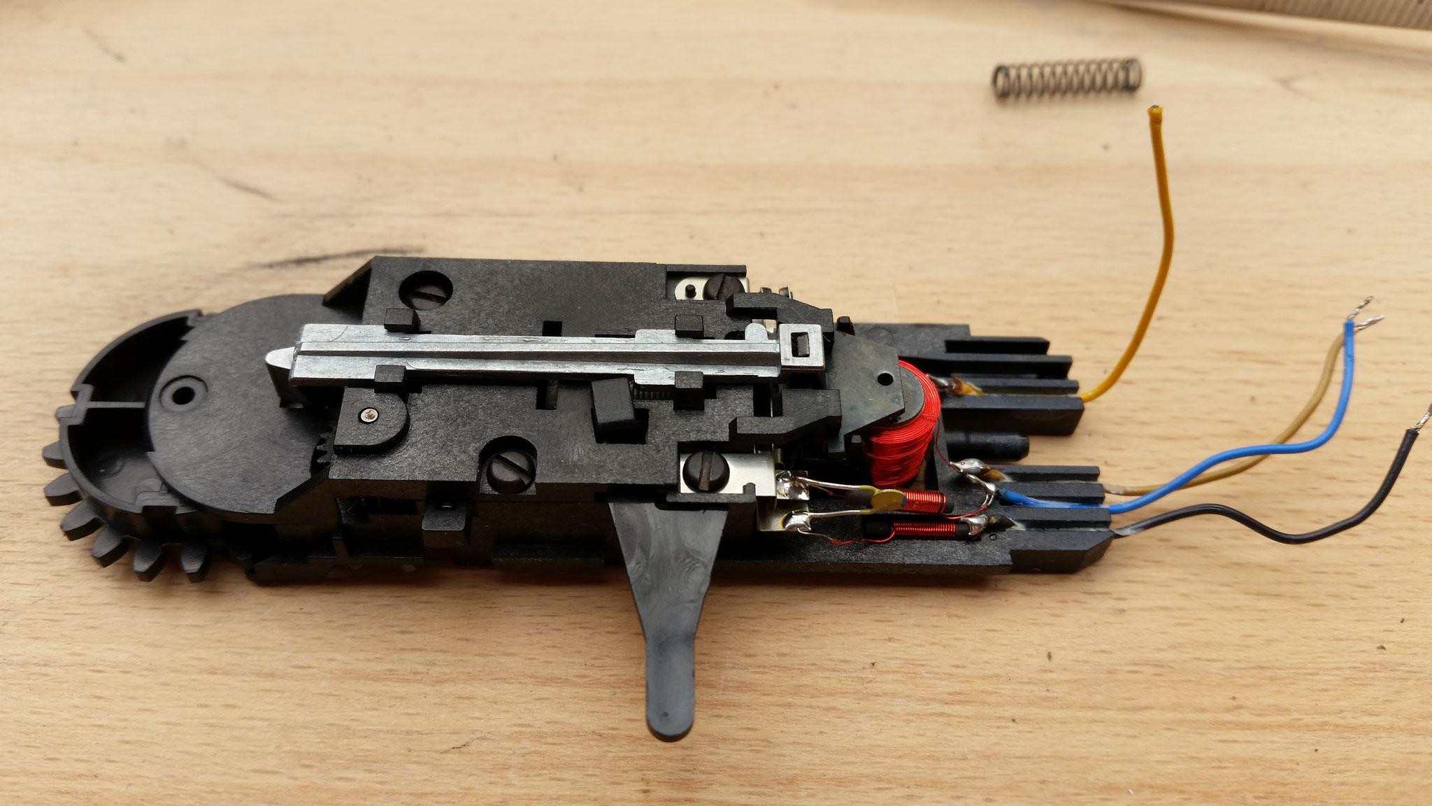 Der Motorblock selbst wird auch zerlegt, auch hier werden nicht mehr alle Teile benötigt...