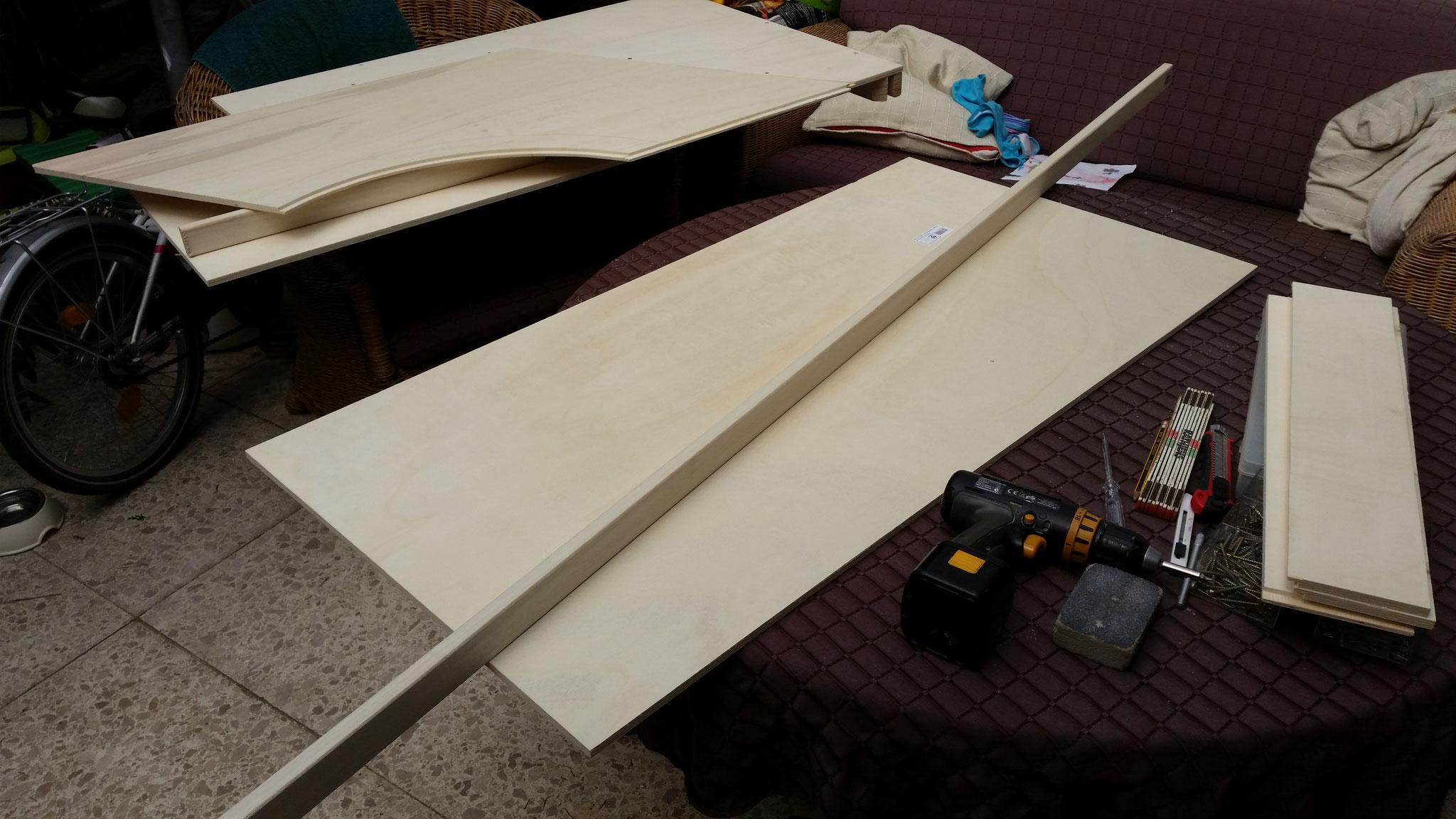 Nun geht es an die Rahmen für die Segmentplatten...