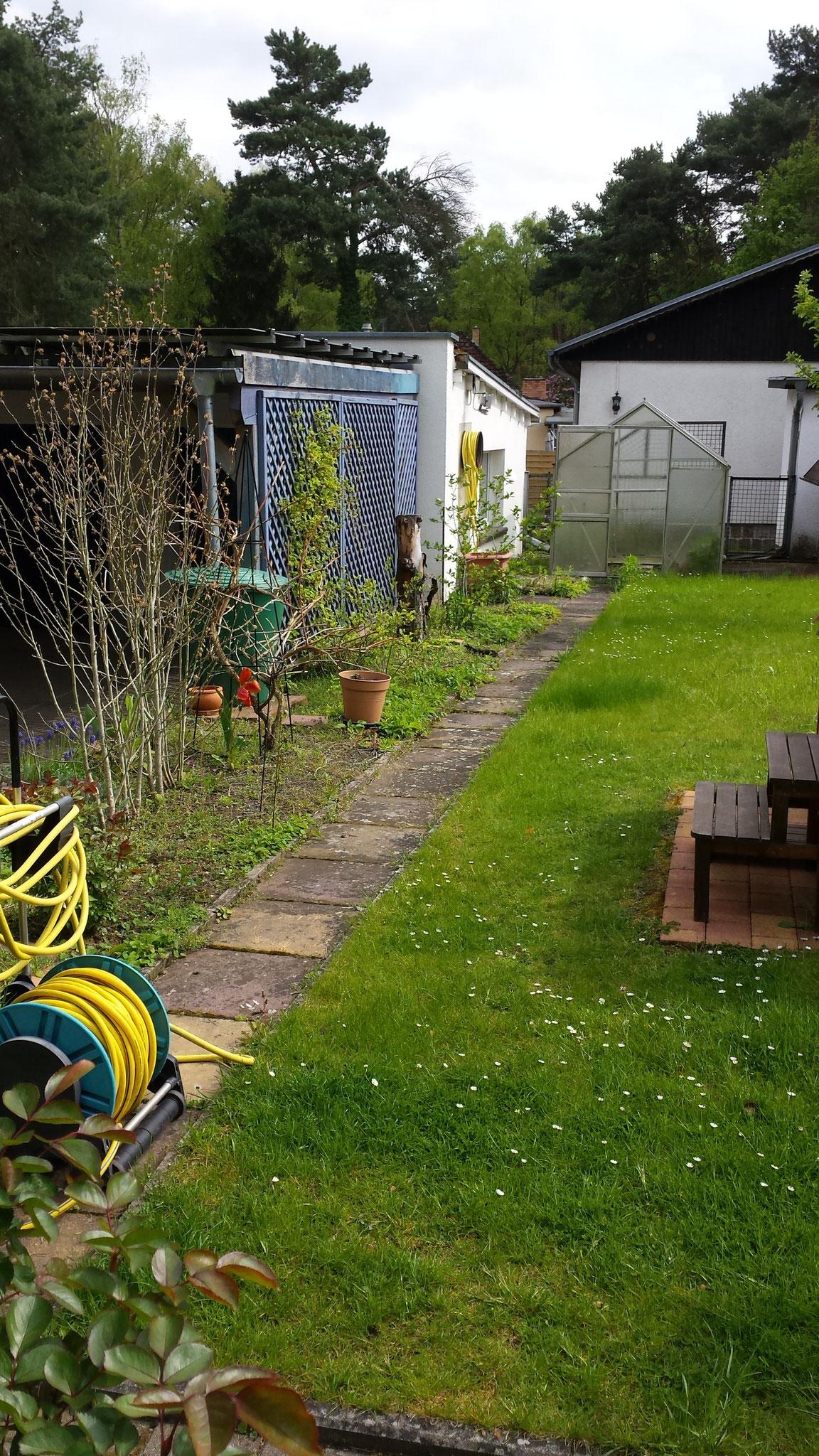 Vor der Umgestaltung wirkte der Garten.......