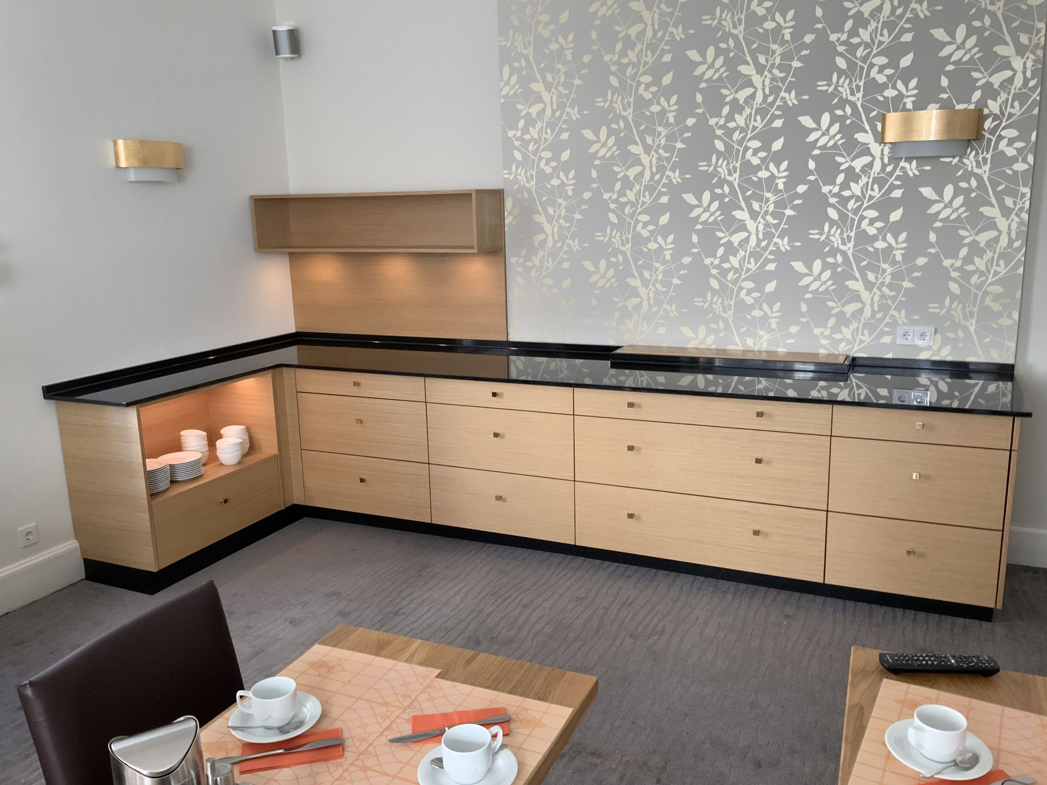 Frühstückszimmer in einem Hotel in Heidelberg