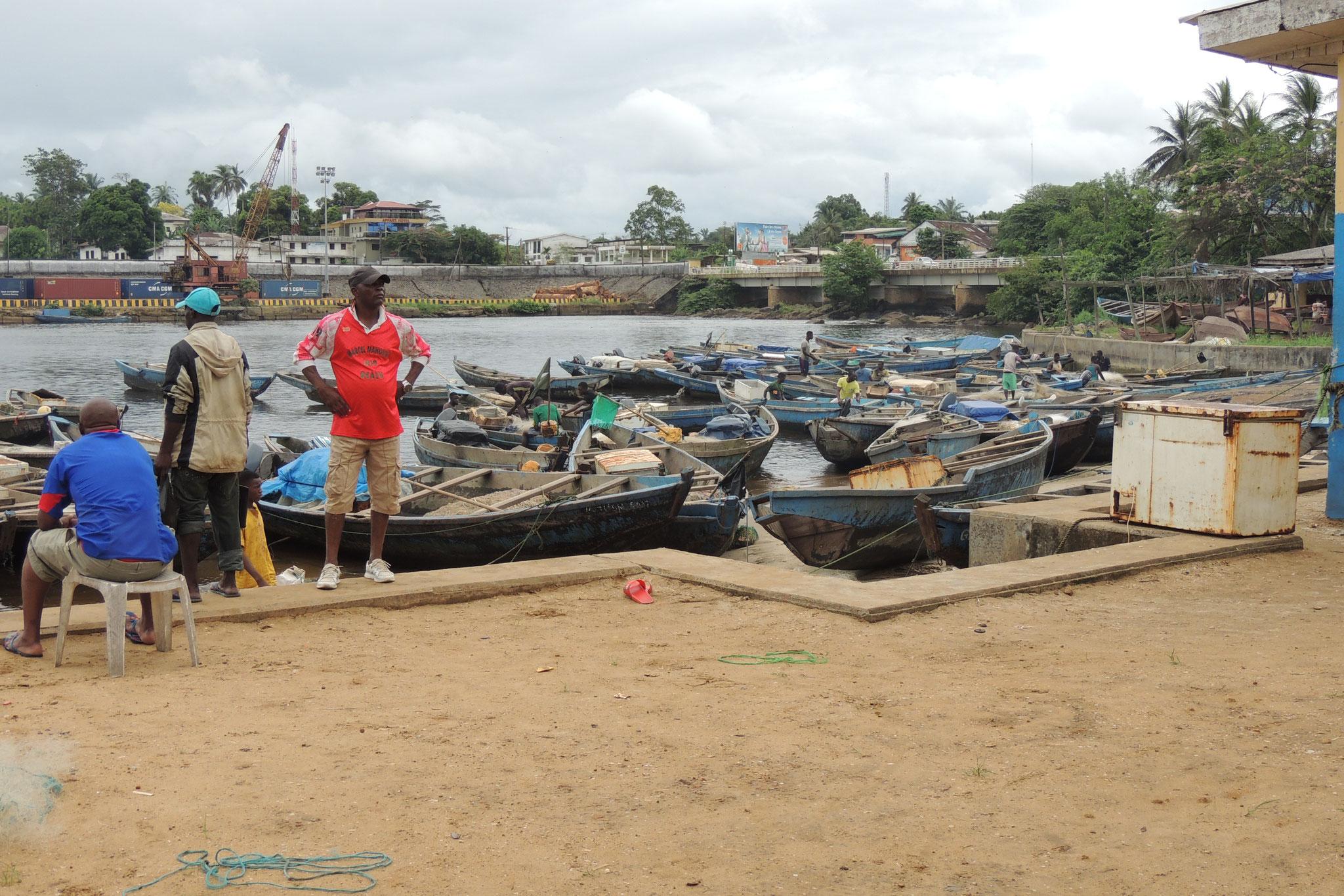 Puerto pesquero de Kribi