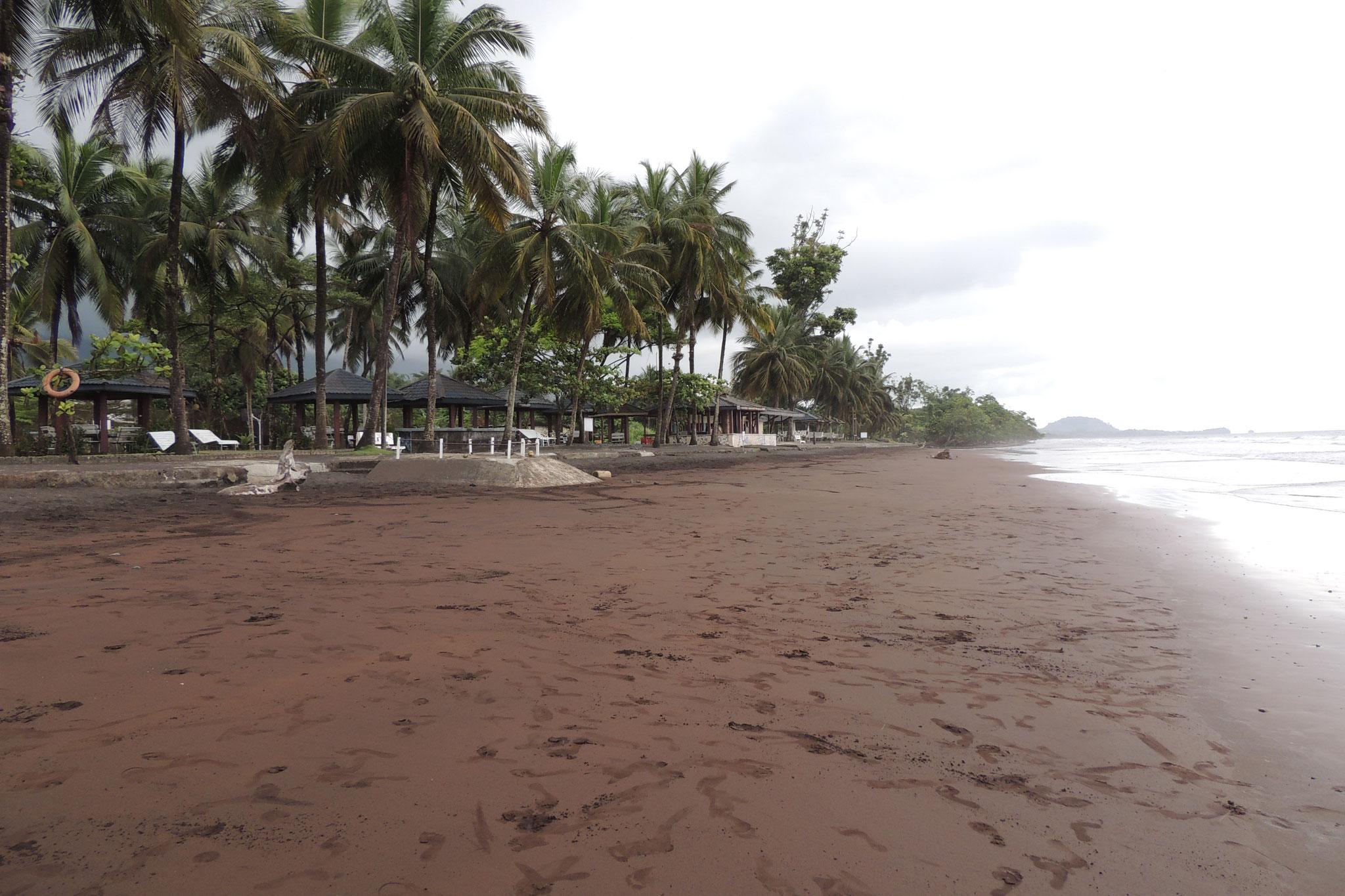 Playa Hotel Seme Beachde Limbe