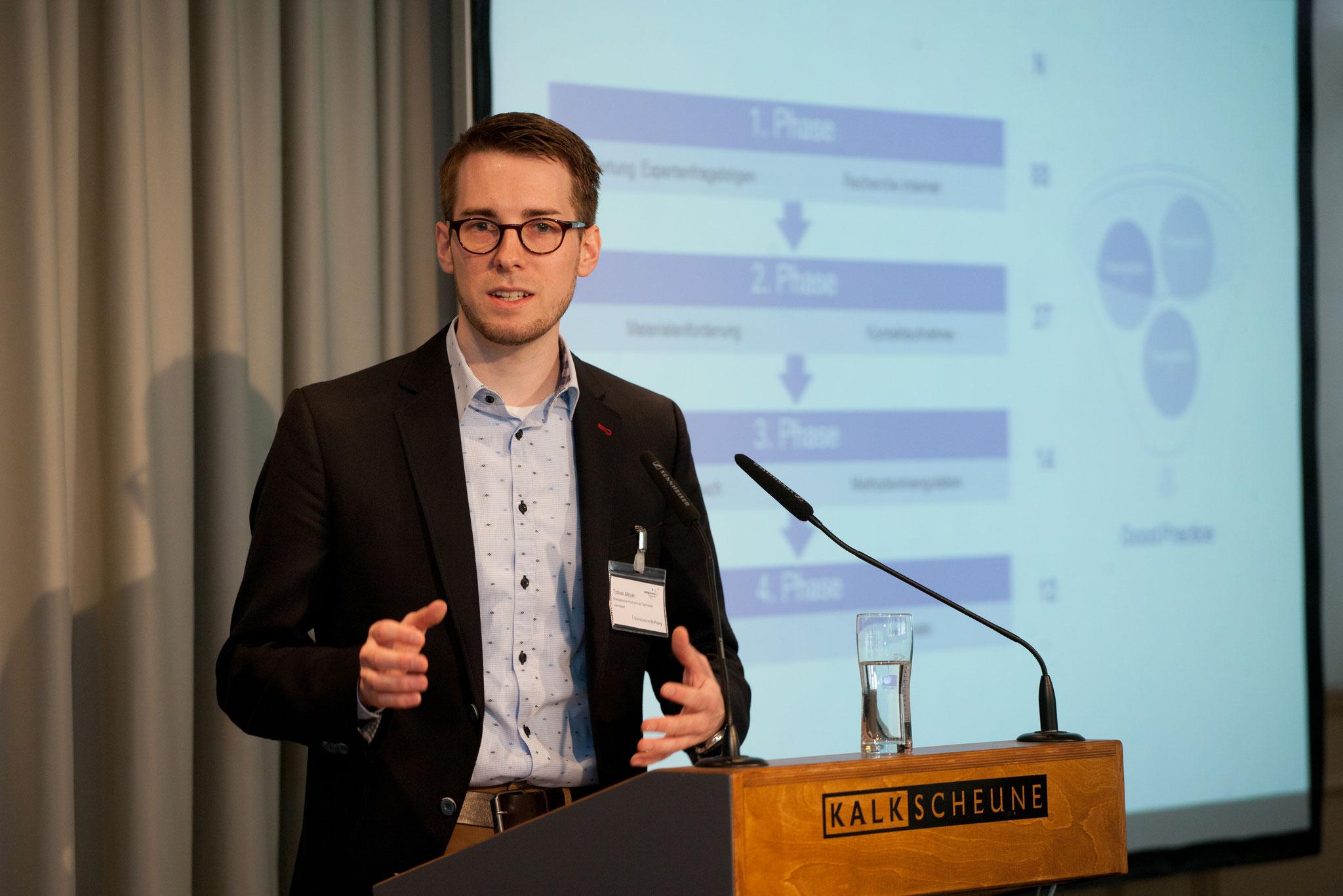 Einführung in die Studie durch Tobias Meyer (IZGS der EHD) © Bertelsmann Stiftung