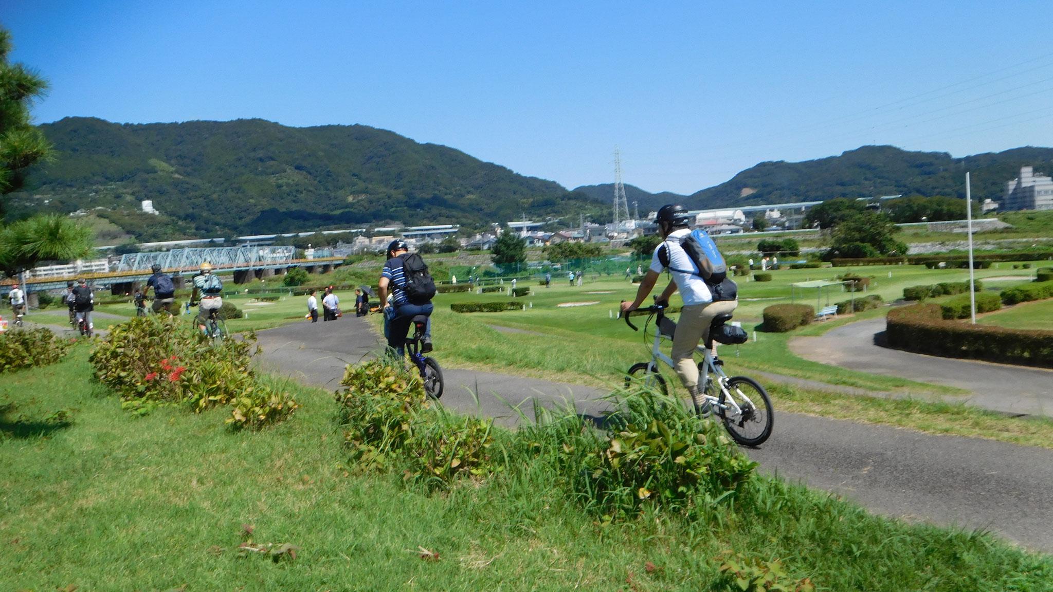 休憩スポットの開成町スポーツ公園から出発!