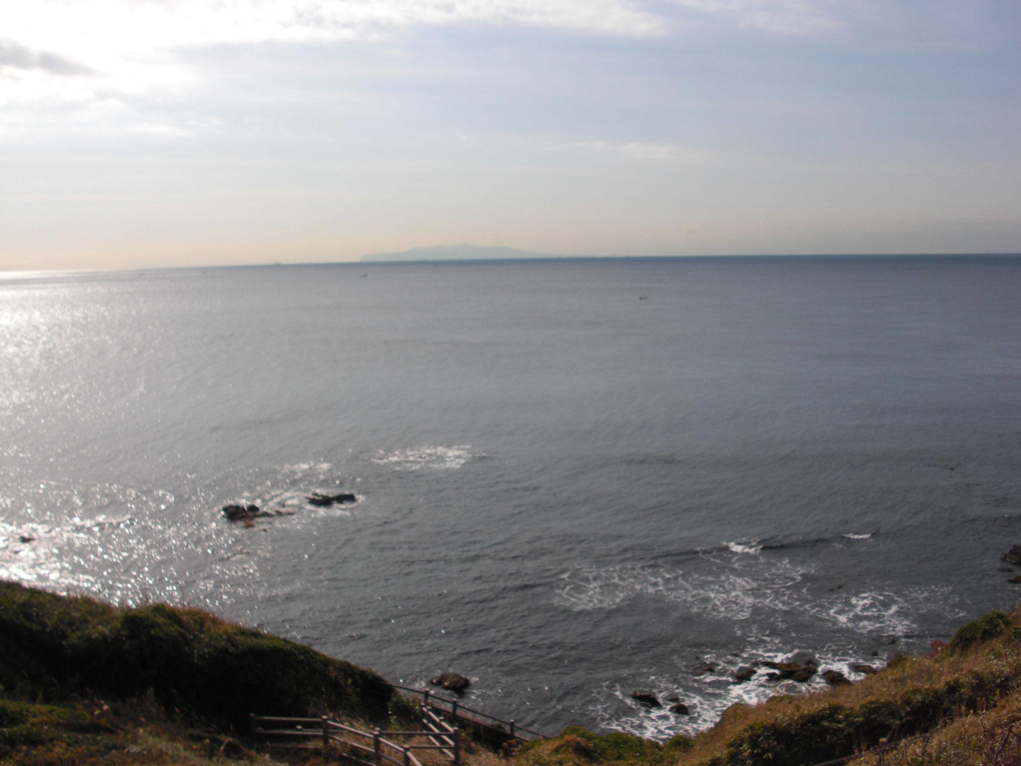 大島の島影