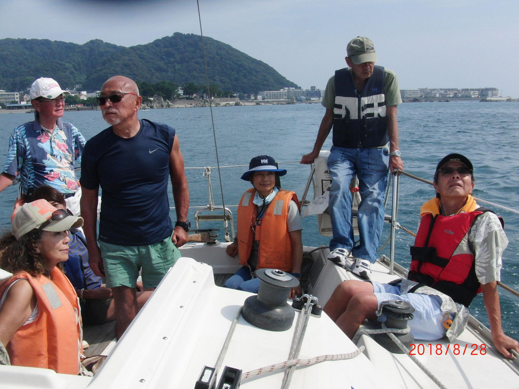 舵を握るのはオーナーの川村さん(昔:スナイプ西半球選手権優勝者)