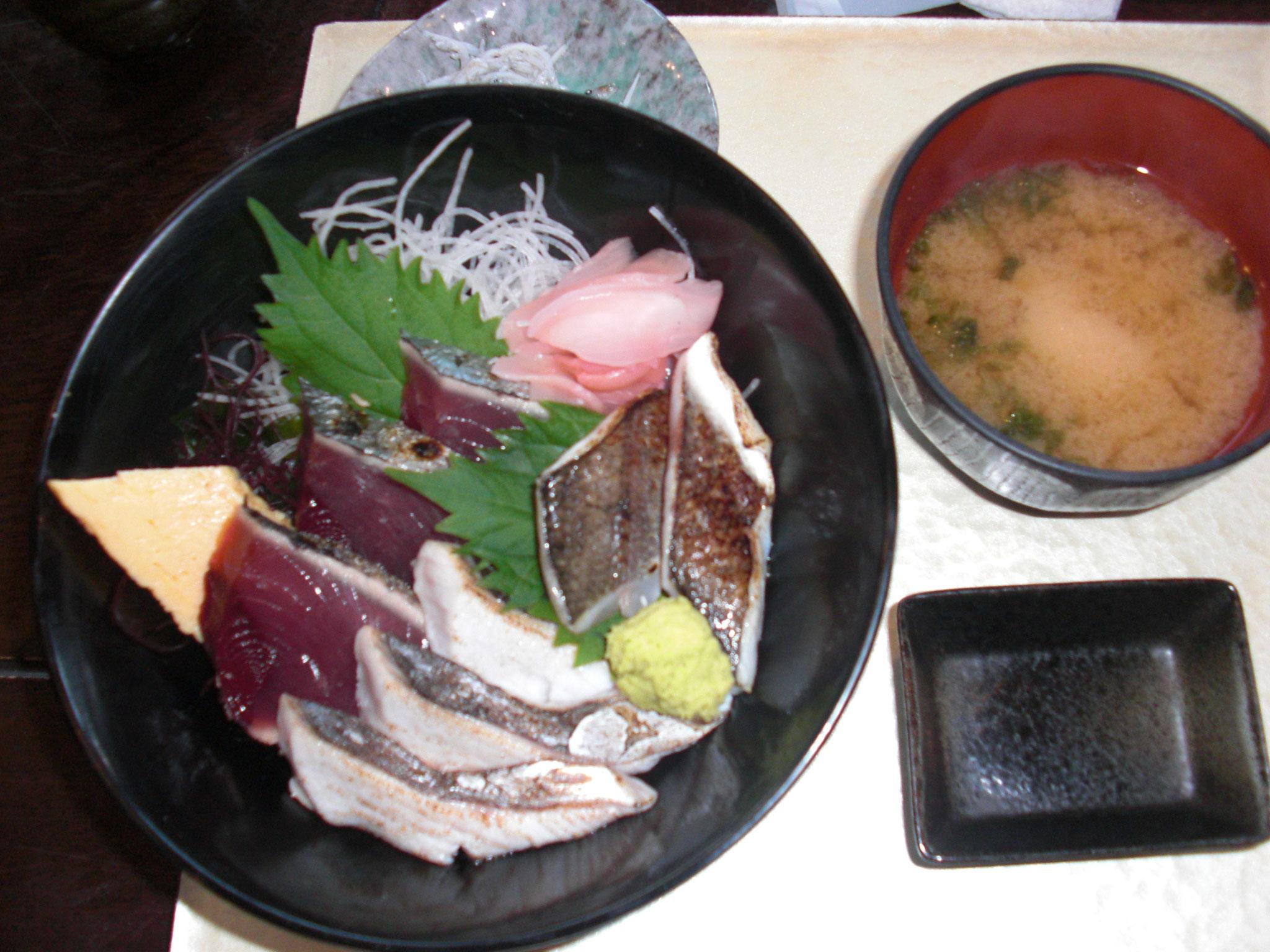 あぶり海鮮丼 美味しいです!