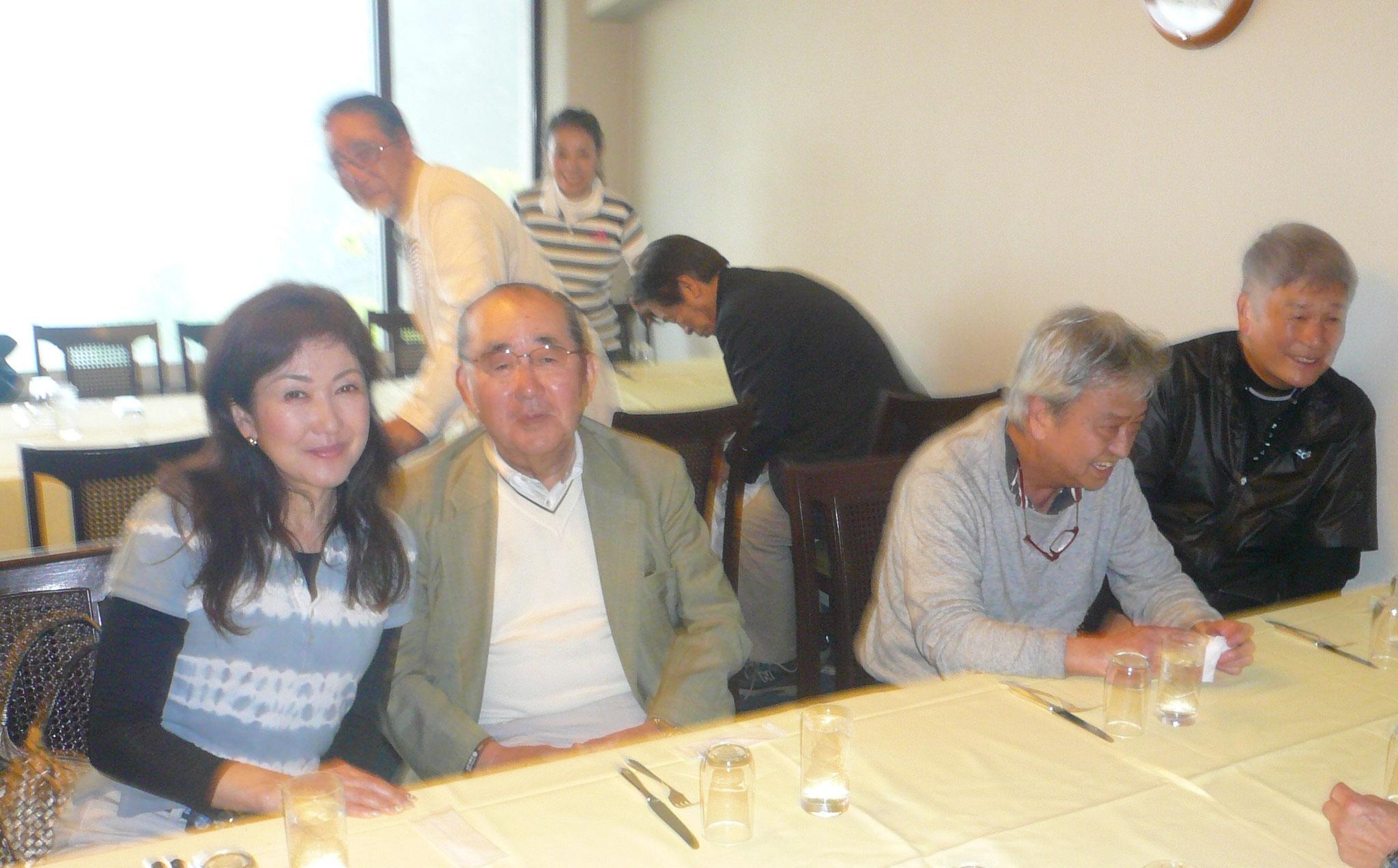 富田さんと山崎さん柿澤さん今井さん