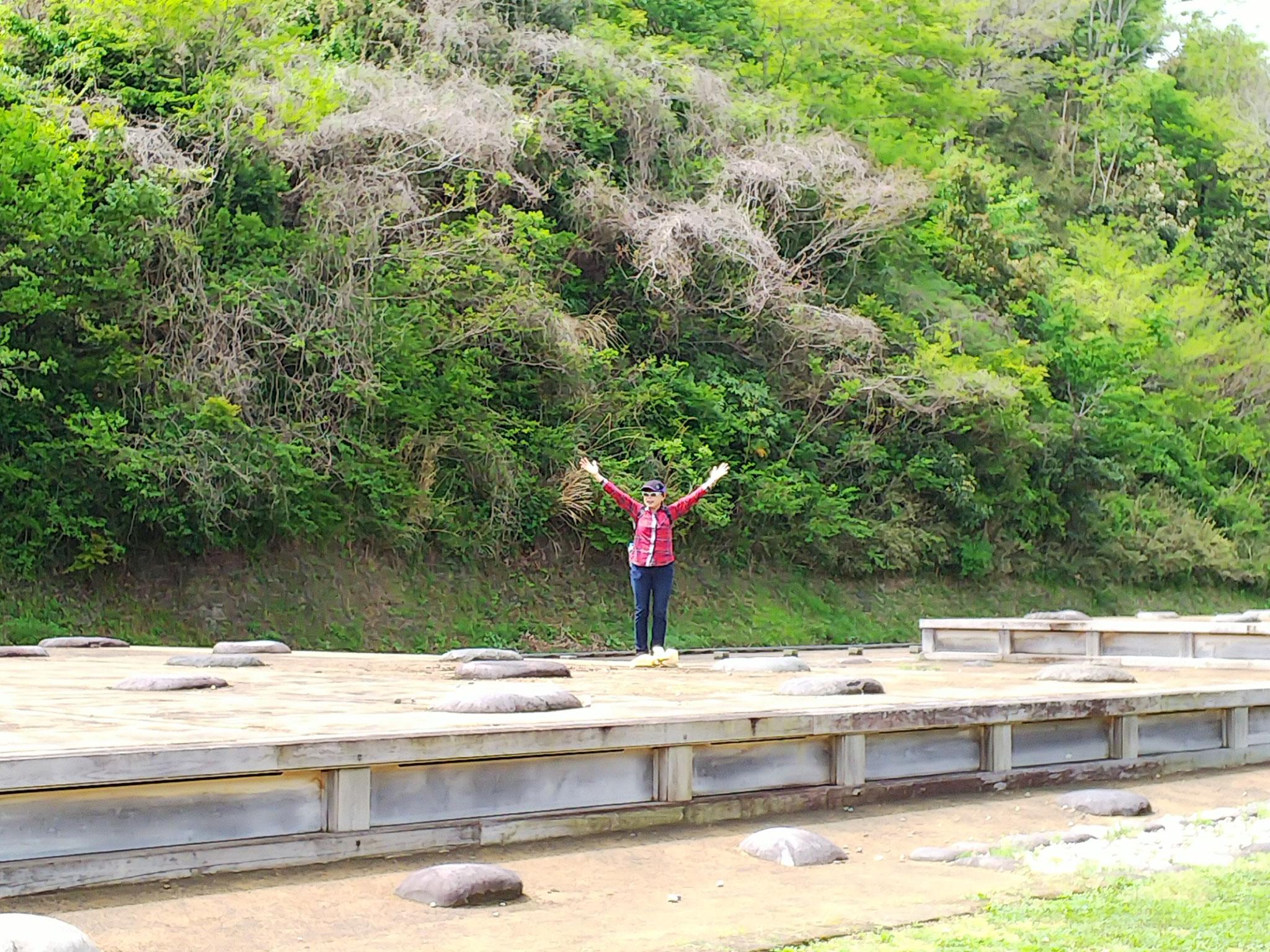永福寺本堂二階堂の礎石跡