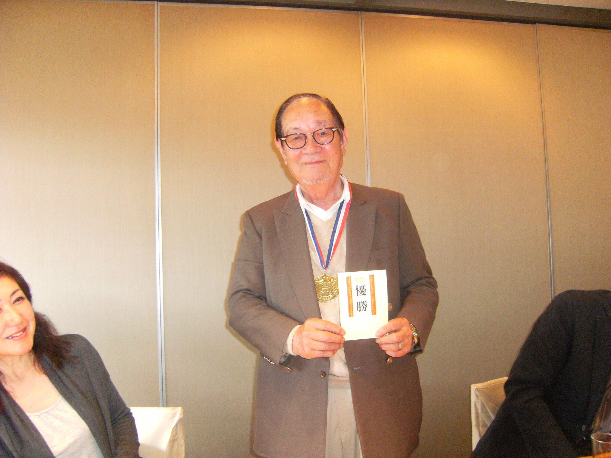 優勝した鈴木さん金メタル