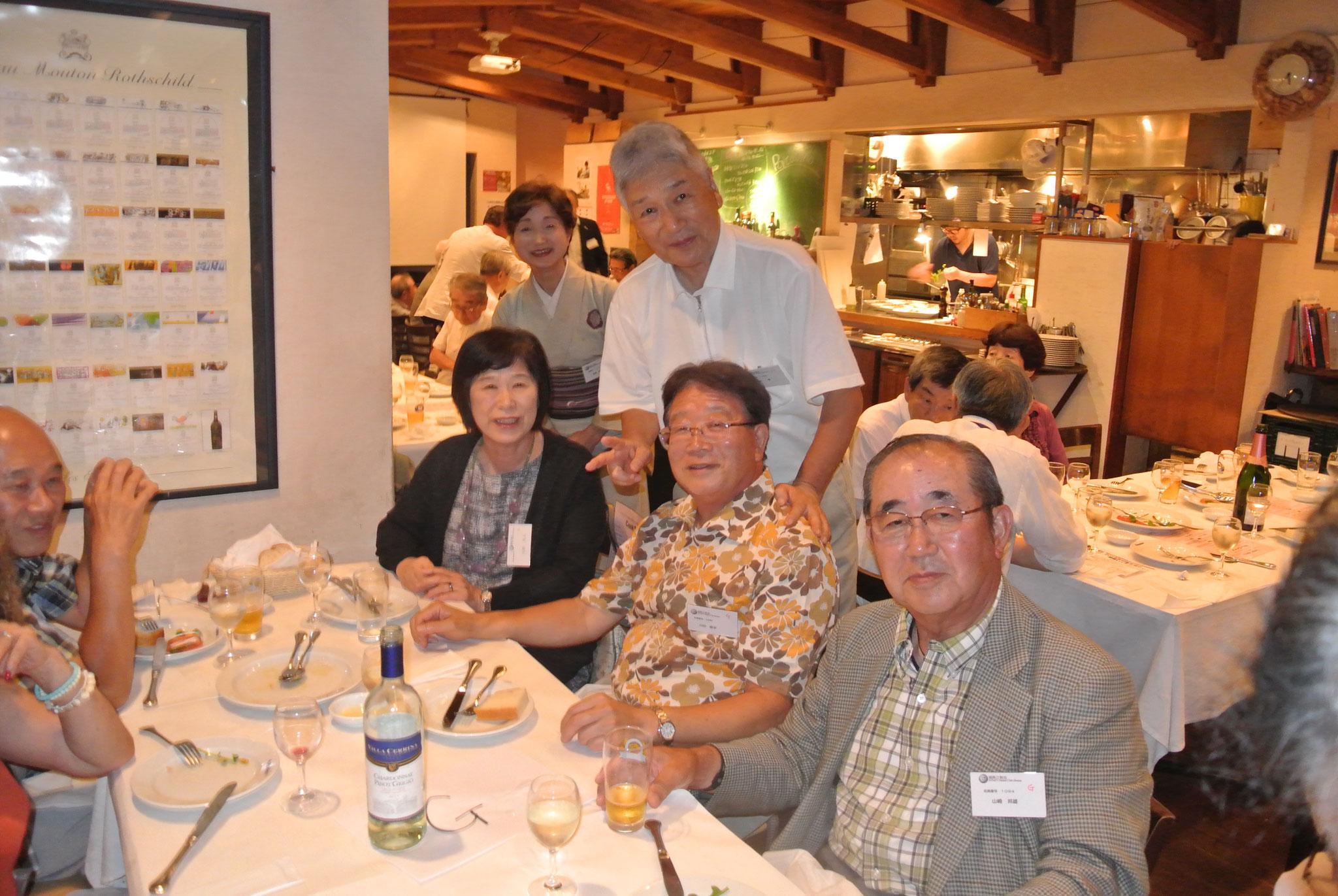 川田ご夫妻と山崎さん