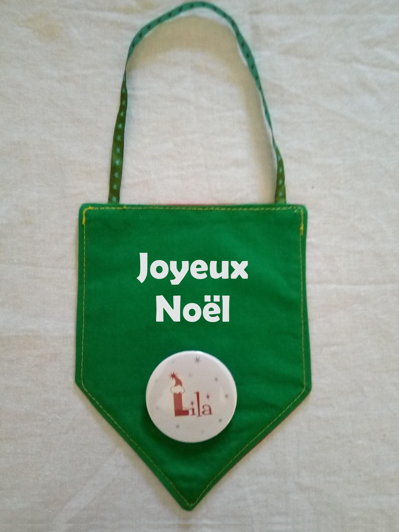 """Fanion vert """"Joyeux Noël"""""""
