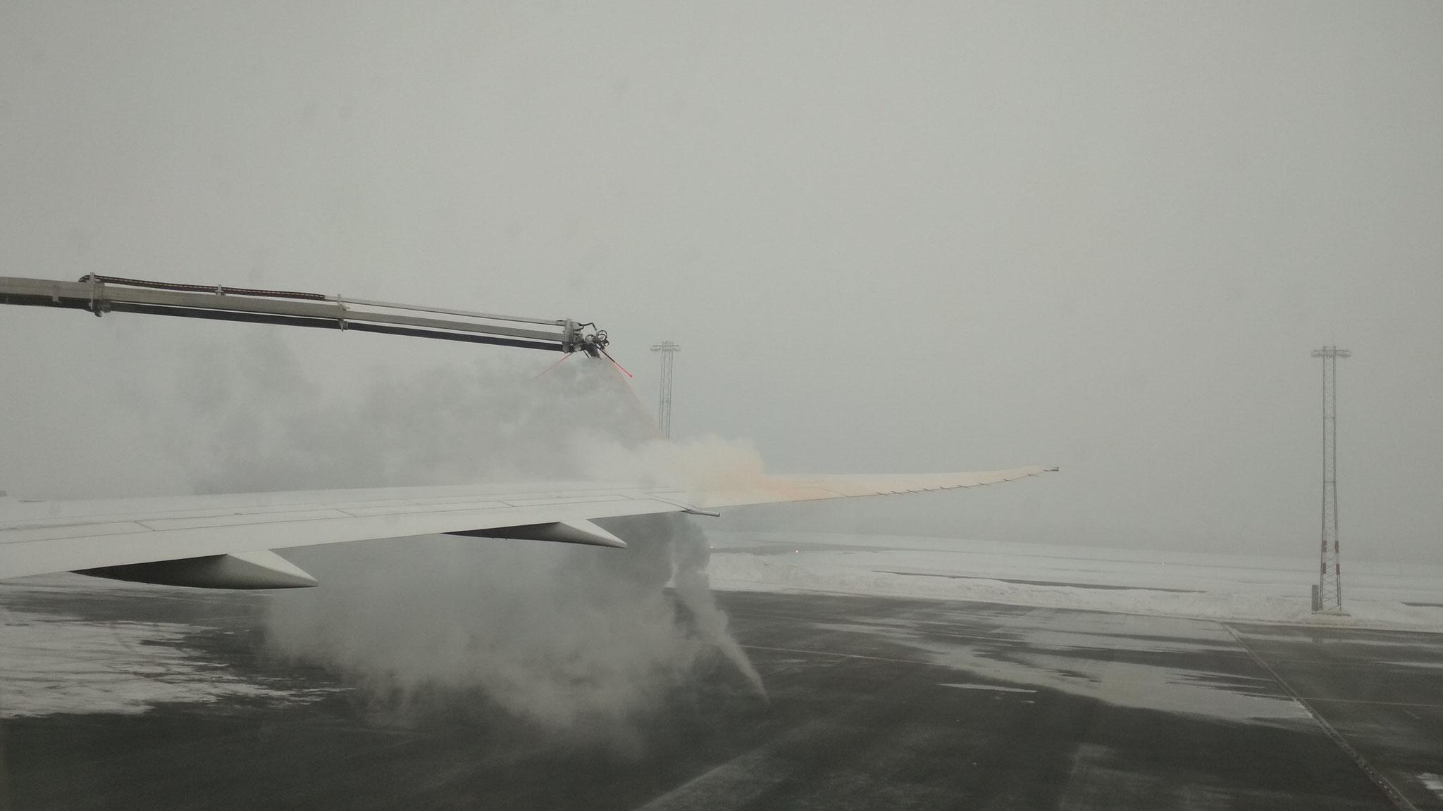 Die Flügel werden vor Schnee geschützt
