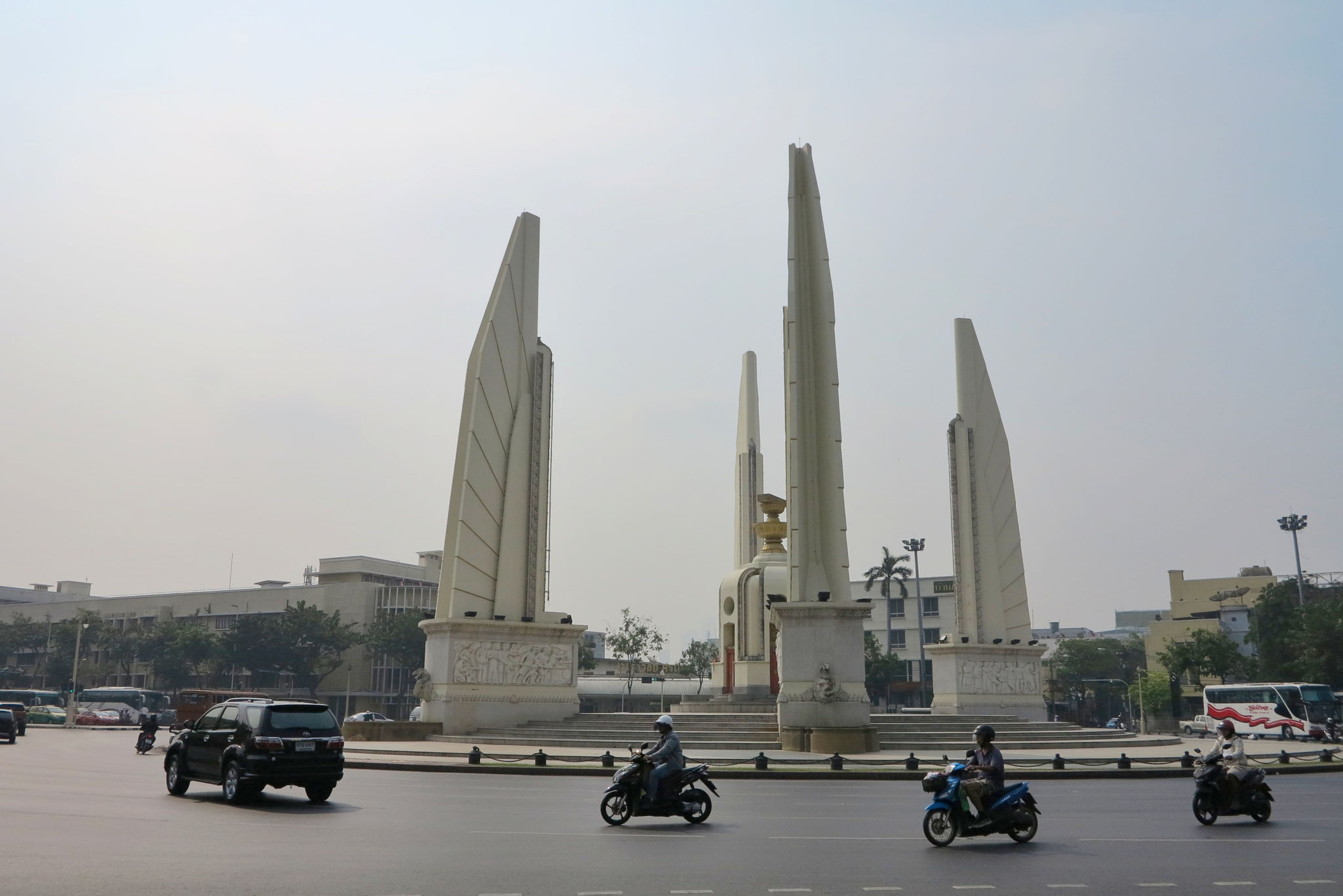 Das Democracy Monument