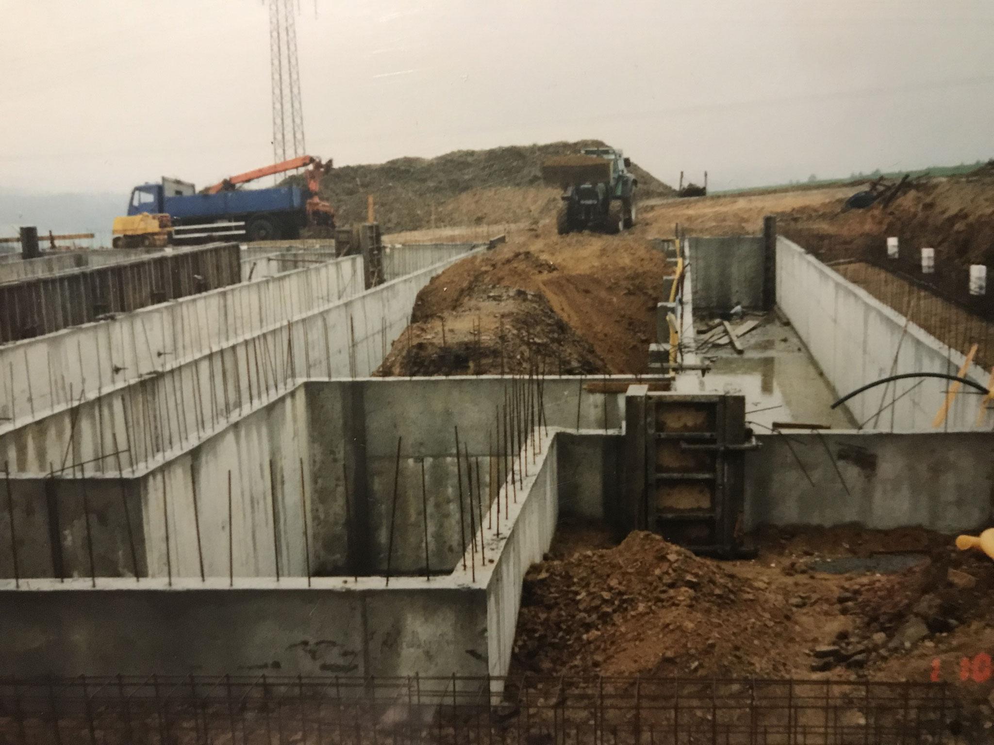 Bau des modernen Güllekellers