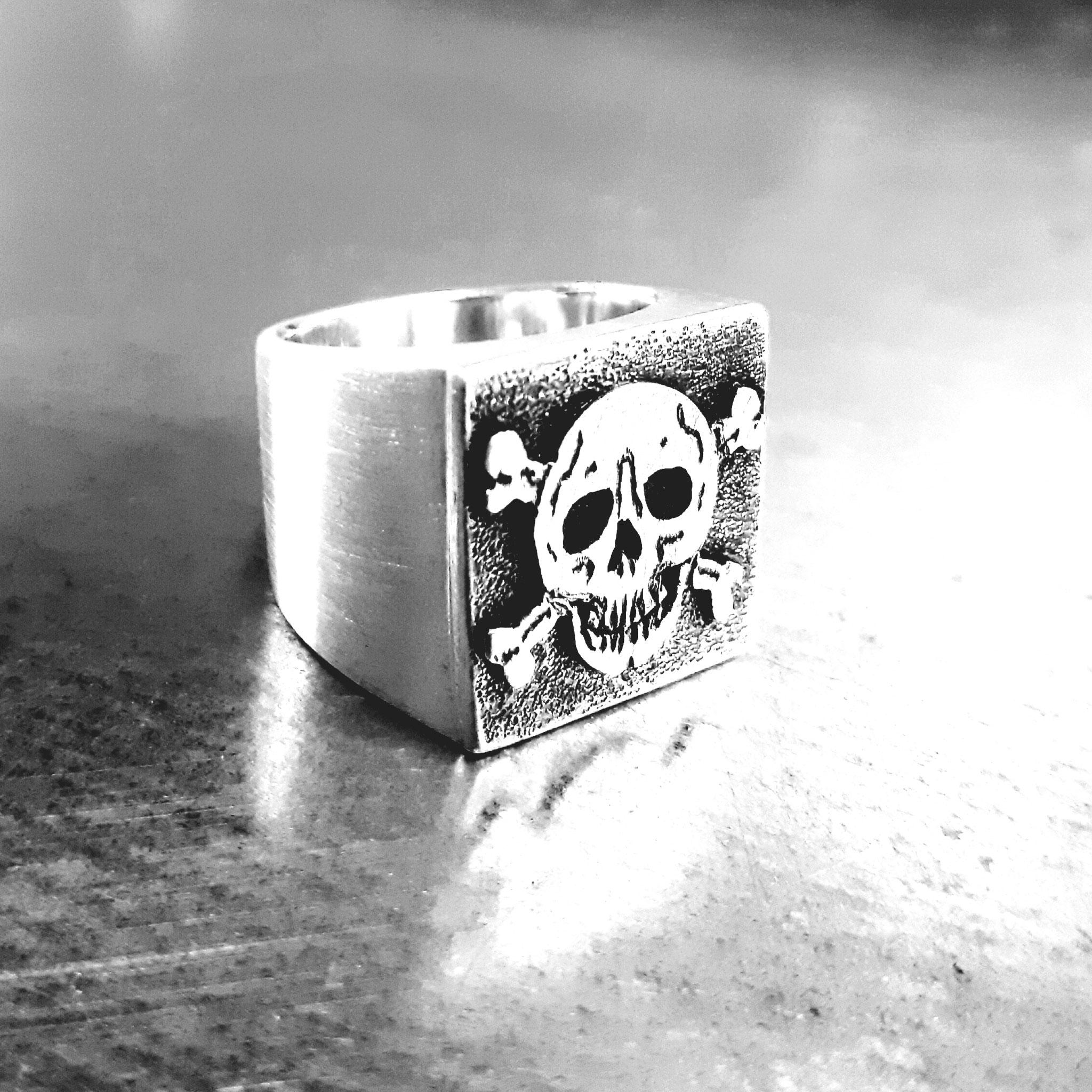 Skull (01)