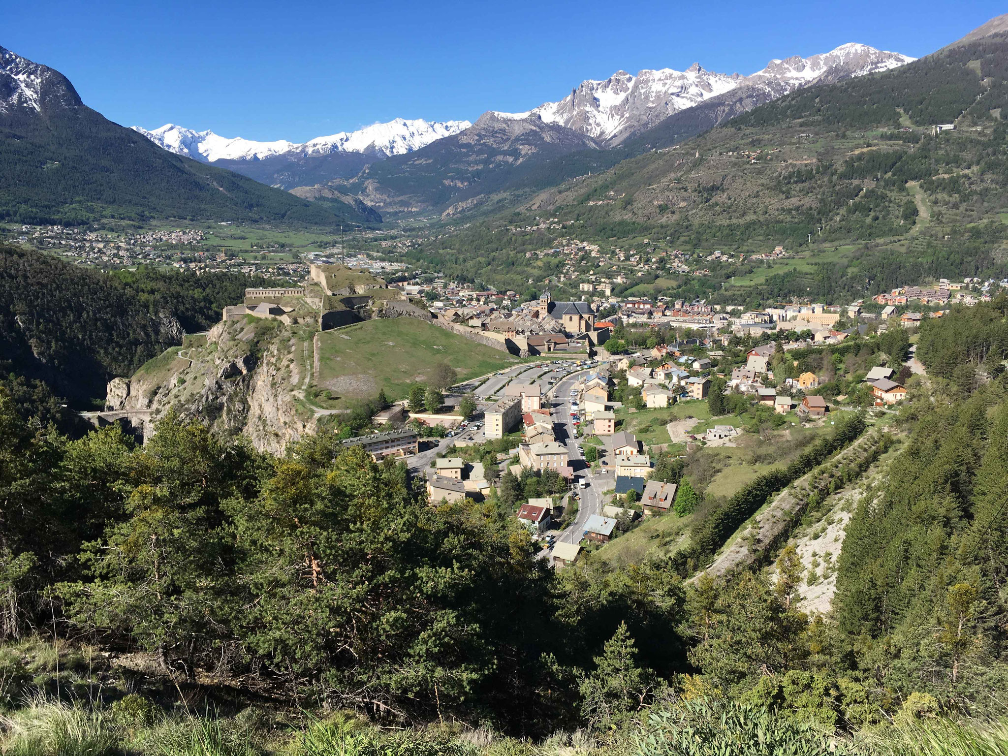 mai 2017 Briançon vu du Chemin des Fontaines
