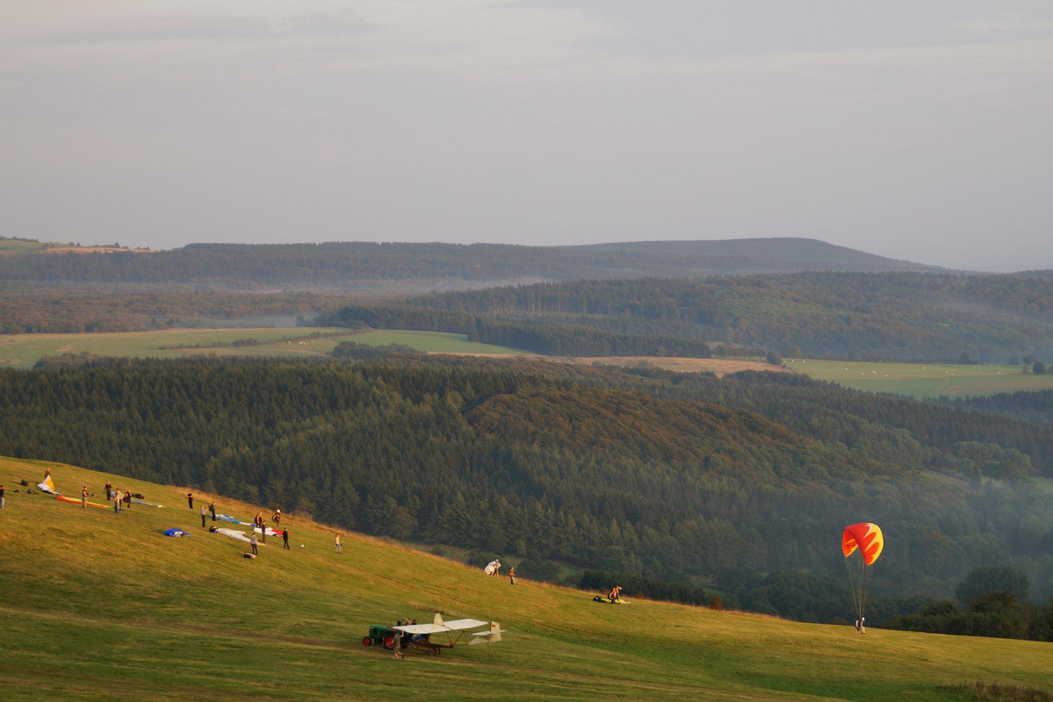 Segelflug auf der Wasserkuppe  (Rhön)