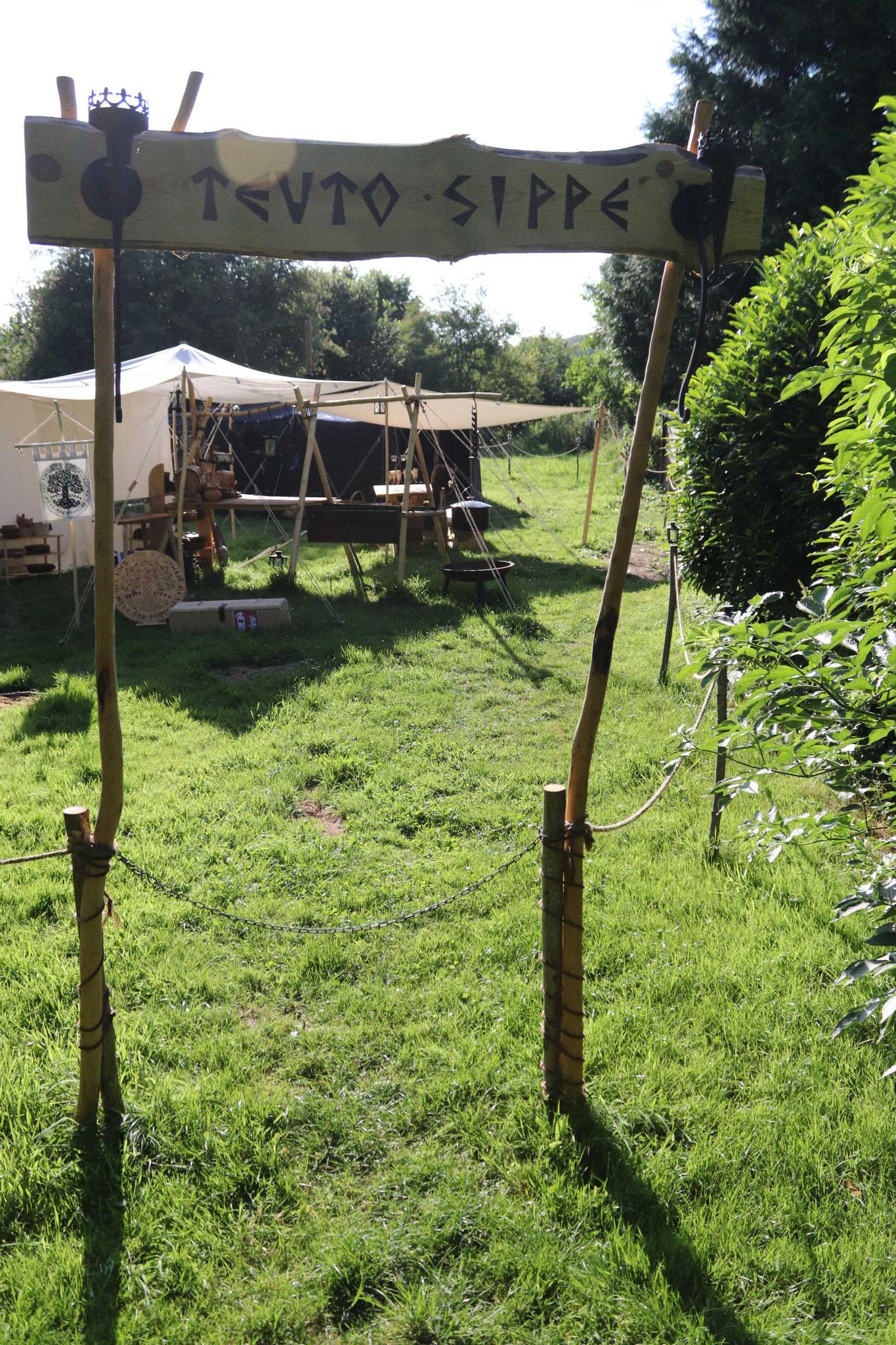 Blick vom Eingang aus in unser Lager