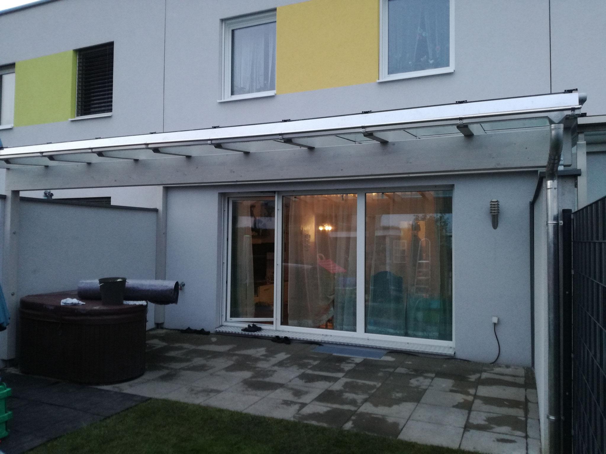Terrassenüberdachung mit Glaseindeckung