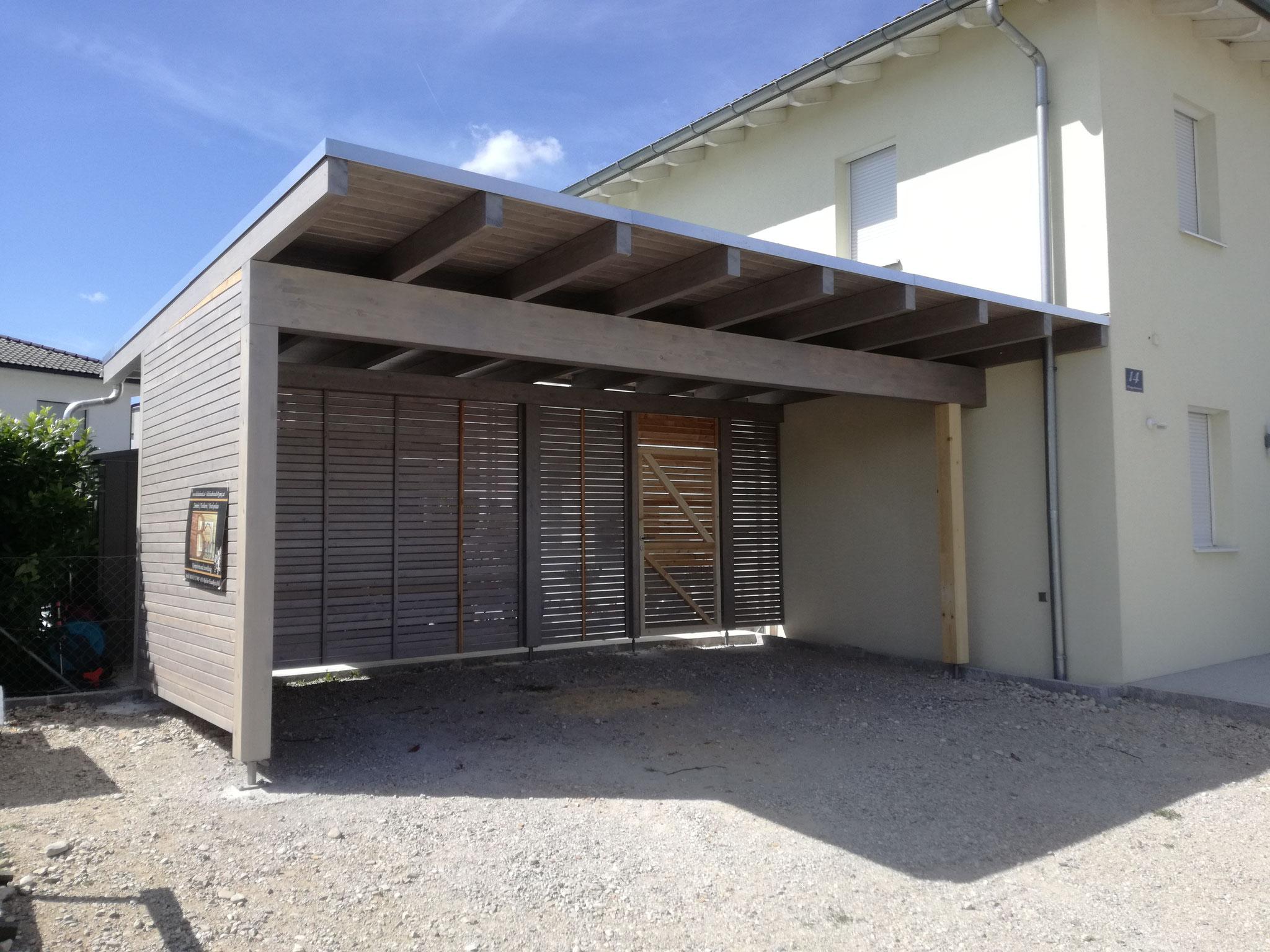 Carport mit Sichtschutz und Resitrix Dacheindeckung