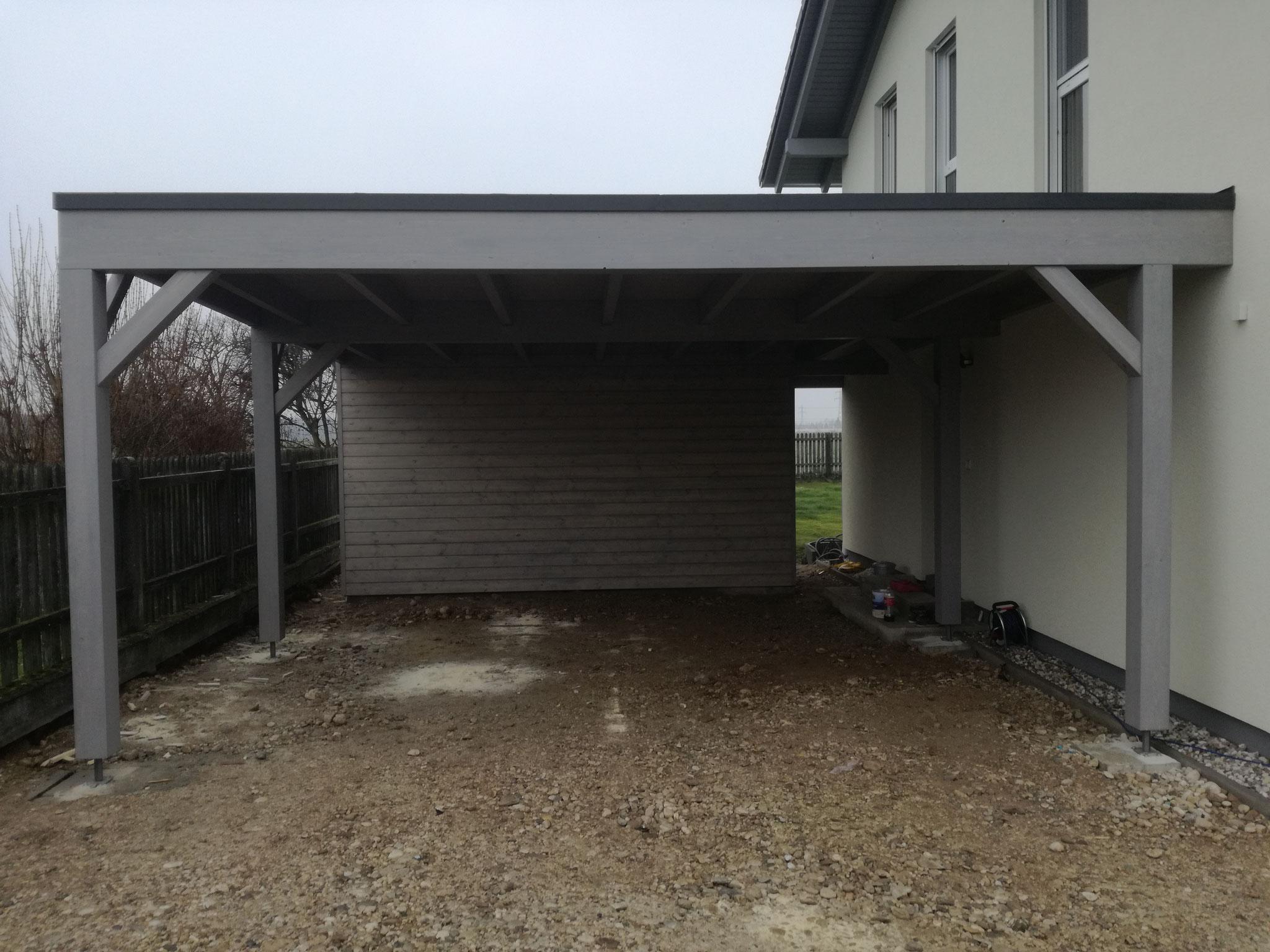 Doppelcarport mit Abstellraum und Resitrik Dacheindeckung