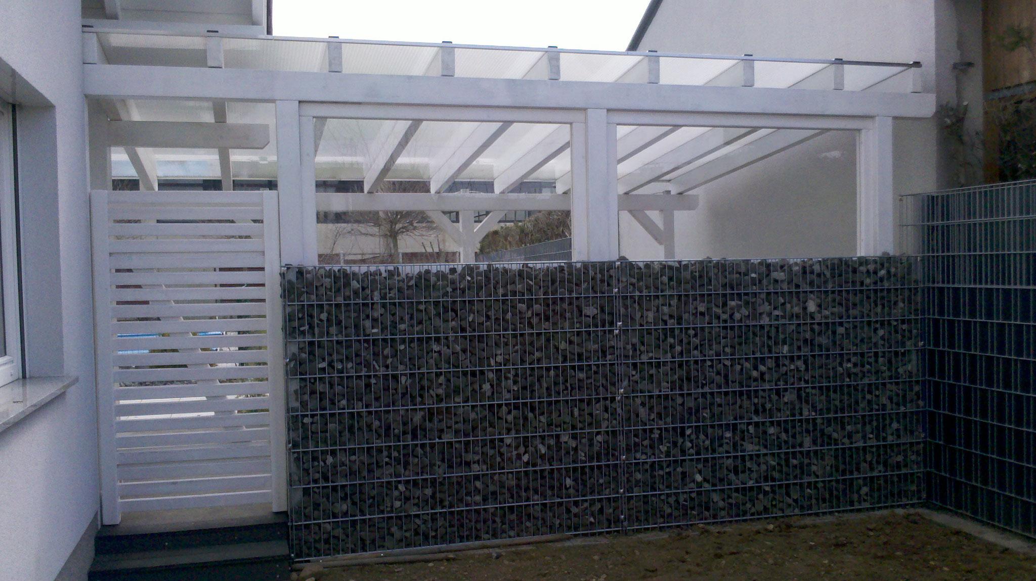Terrassenüberdachungseingang und Windschutz mit Plexiglas