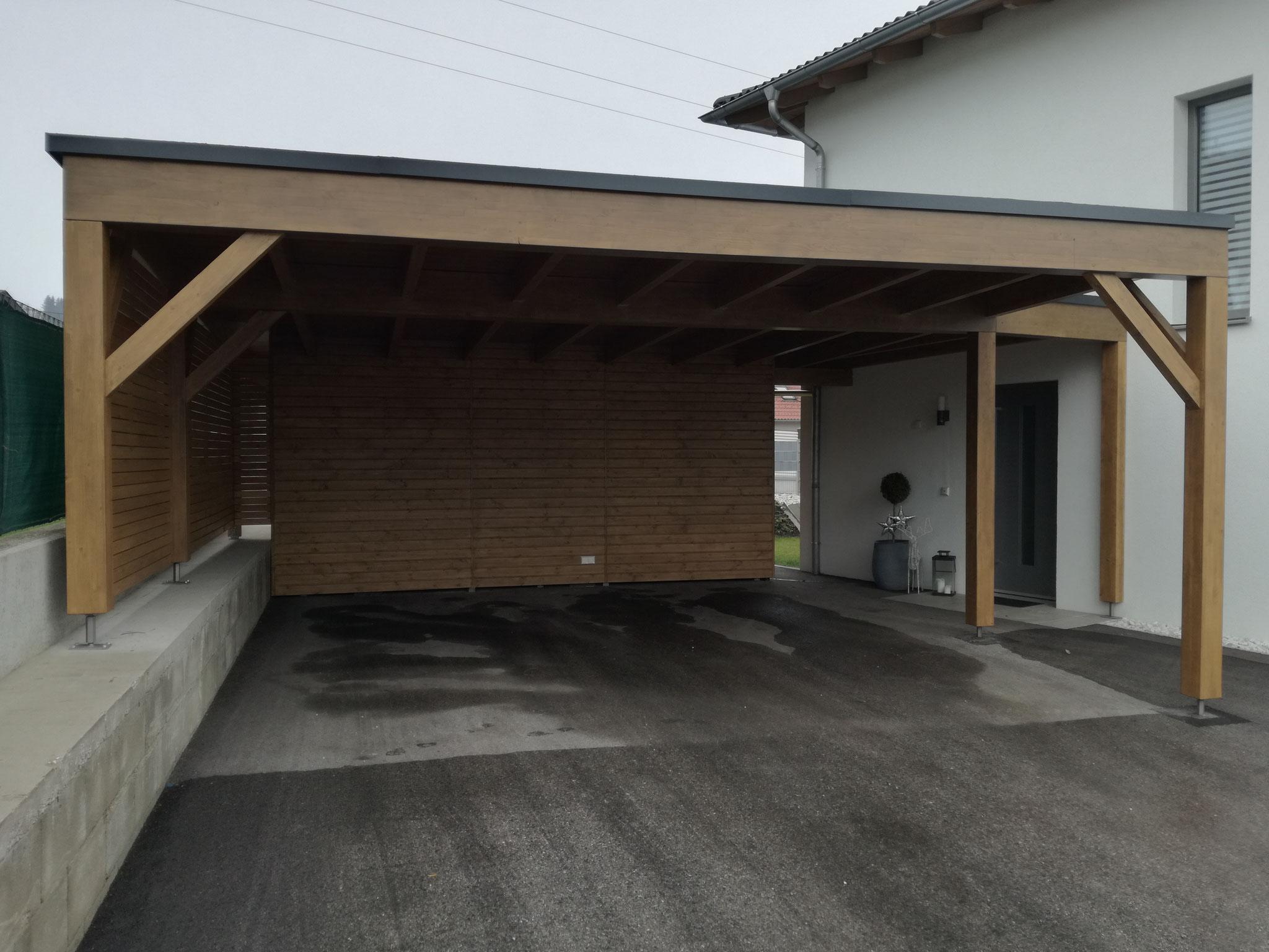 Carport mit Sichtschutzzaun/Abstellraum und Resitrix Dacheindeckung