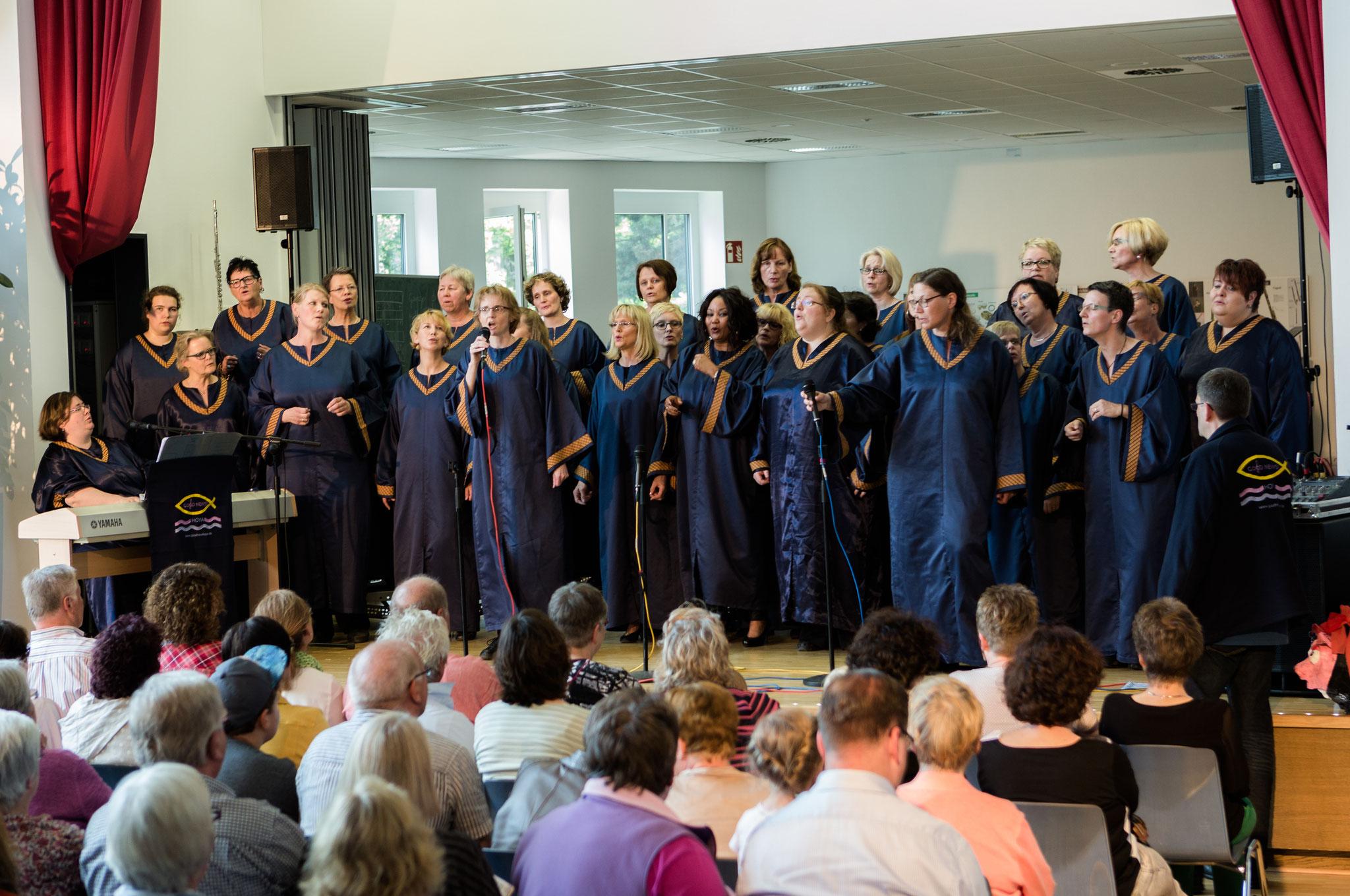 Jubiläumskonzert zum 15-jährigen Bestehen in der Aula der Grundschule Hoya, 18.06.2016