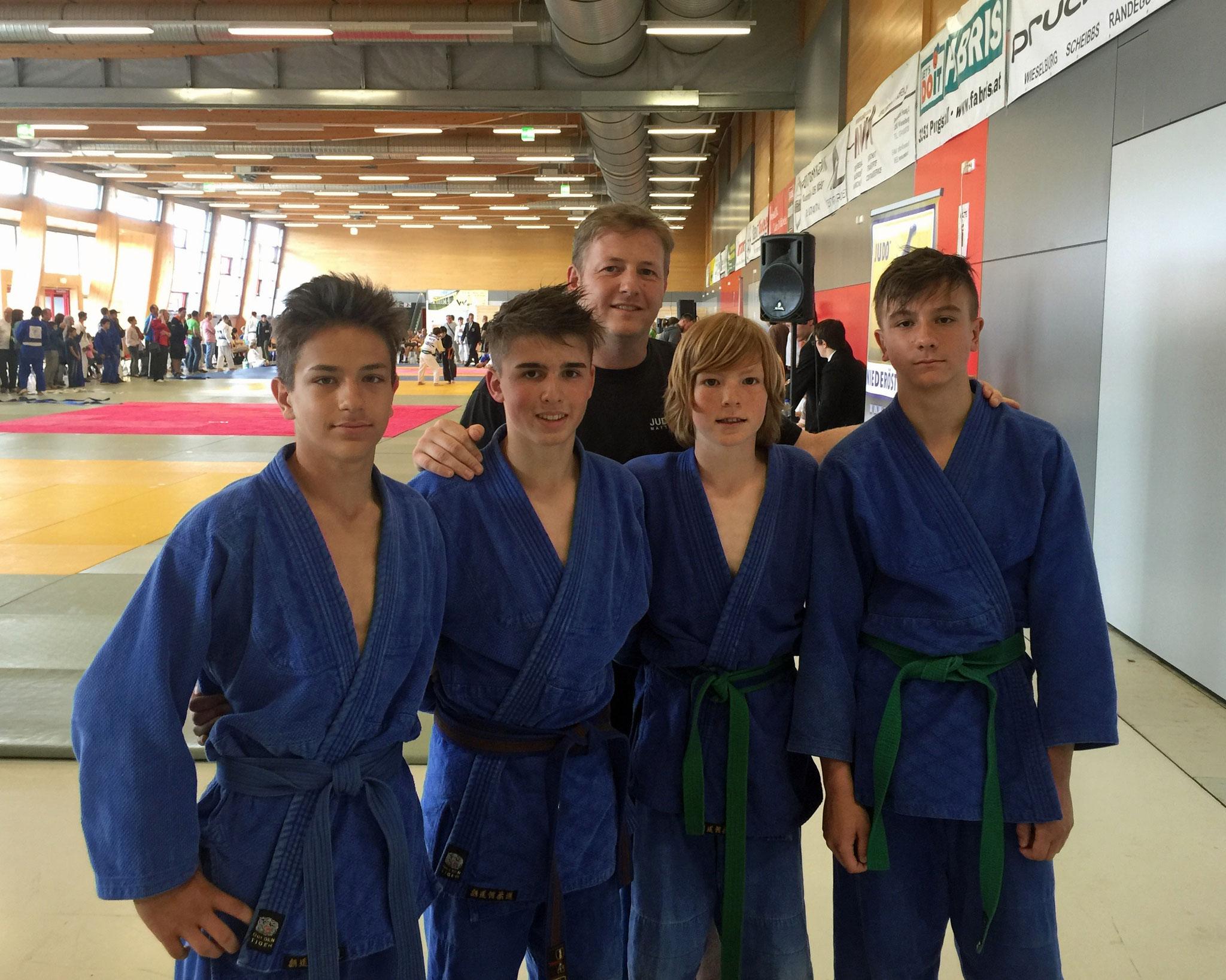 v.l.n.r. Tobias Leyrer,  JulianPrenner, Trainer Thomas Puntigam,  Andreas Puntigam, Julian Riedinger